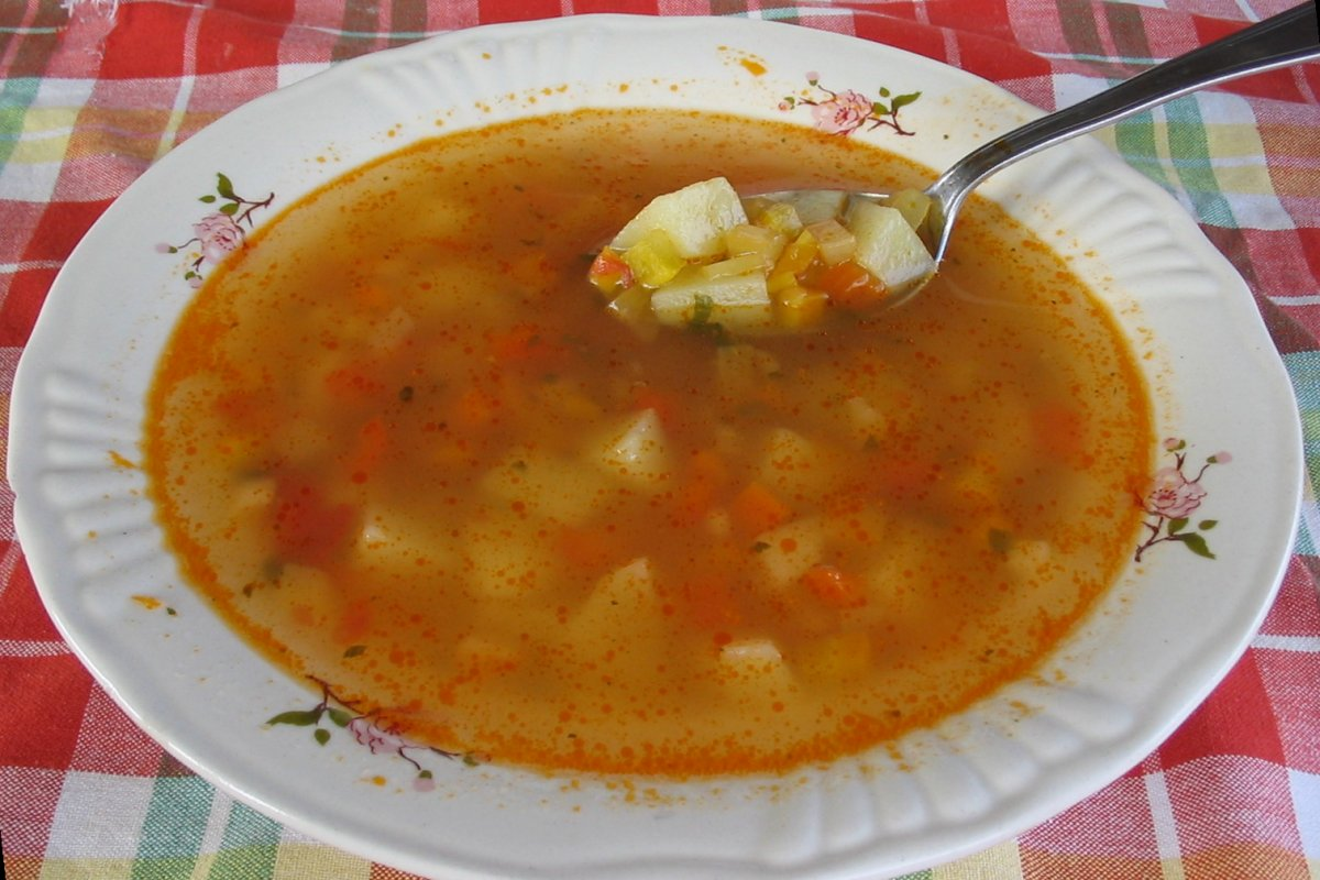 Romanian Potato Soup