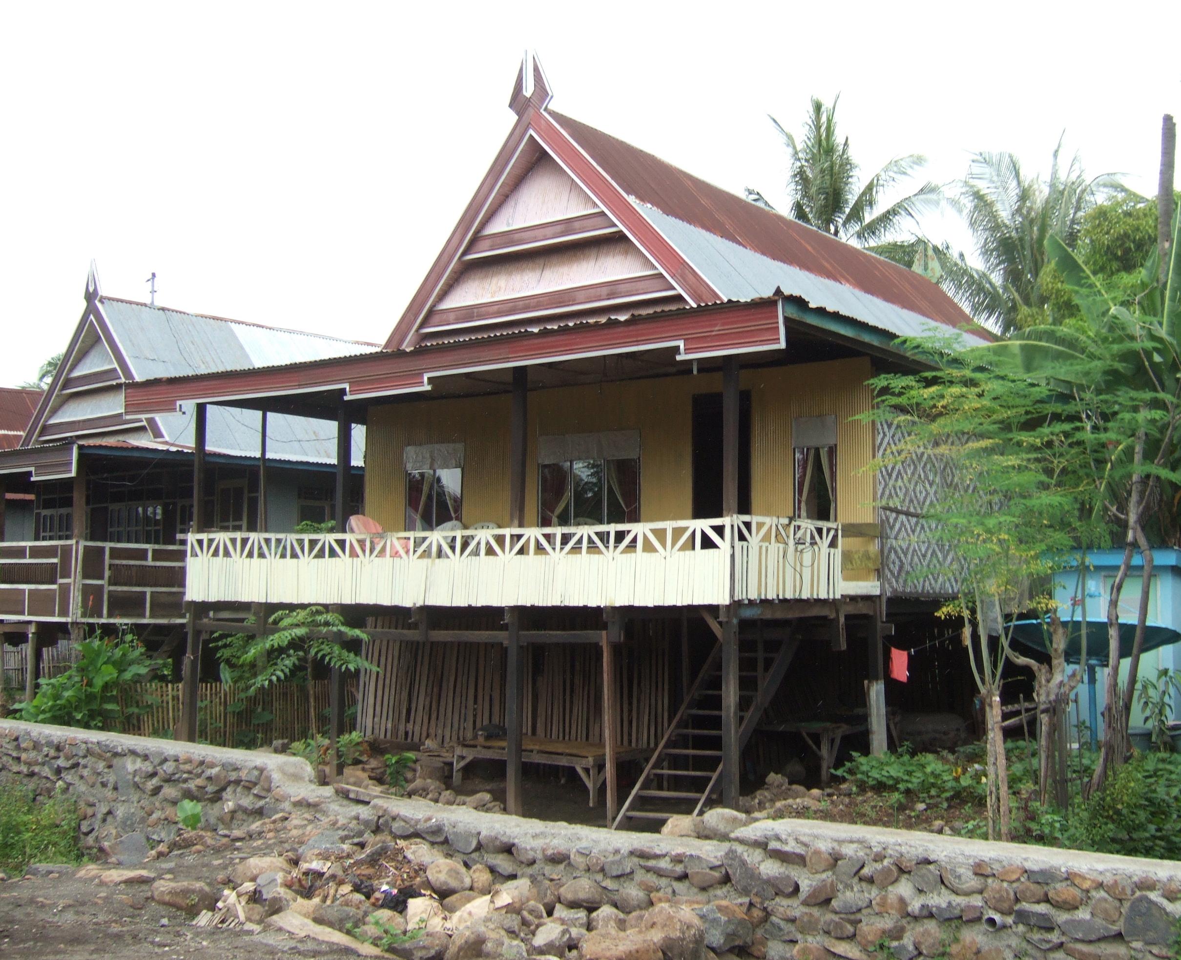 Model rumah tradisional