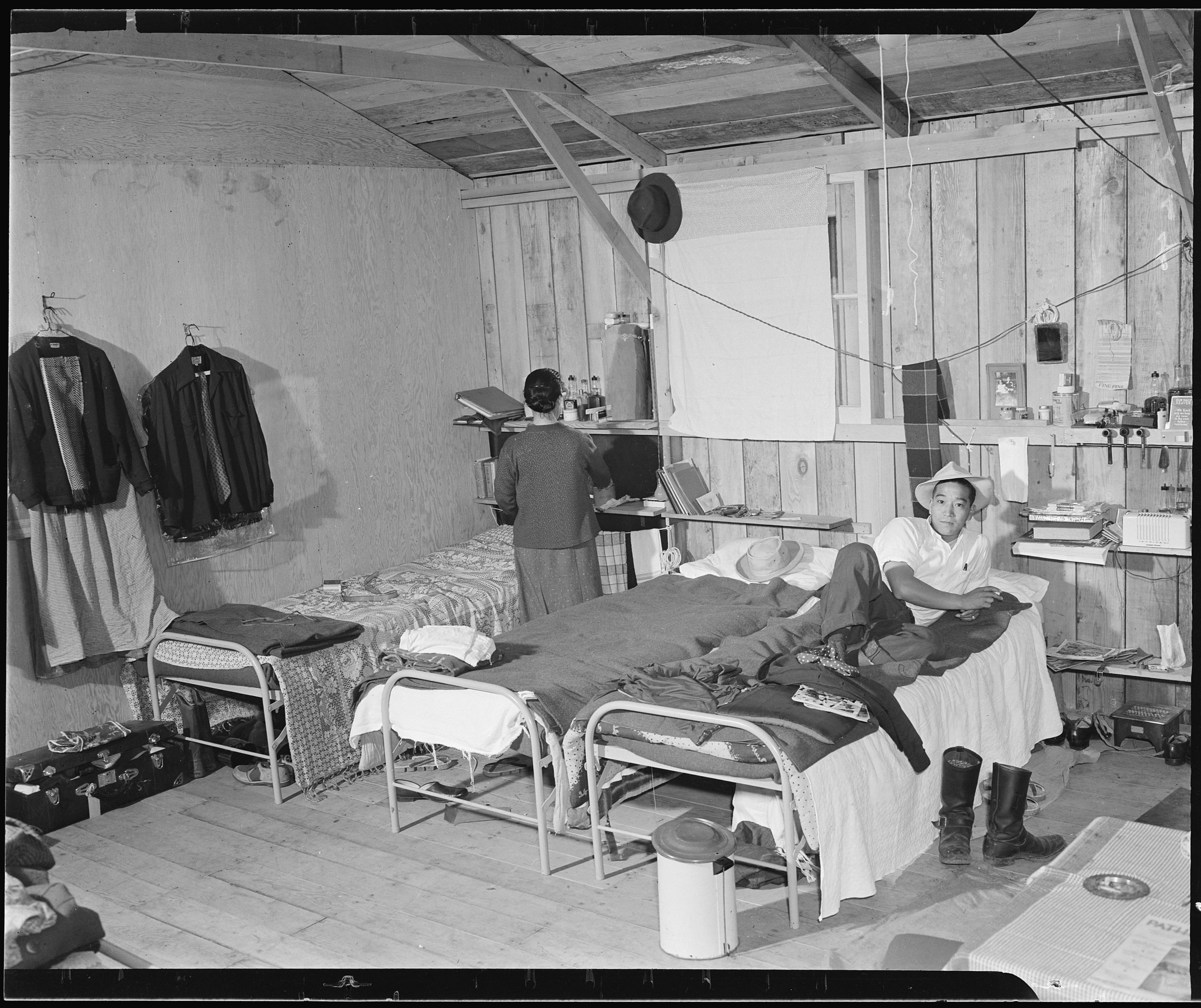 Inside Japanese American Internment Camps File:Salinas Assembly ...