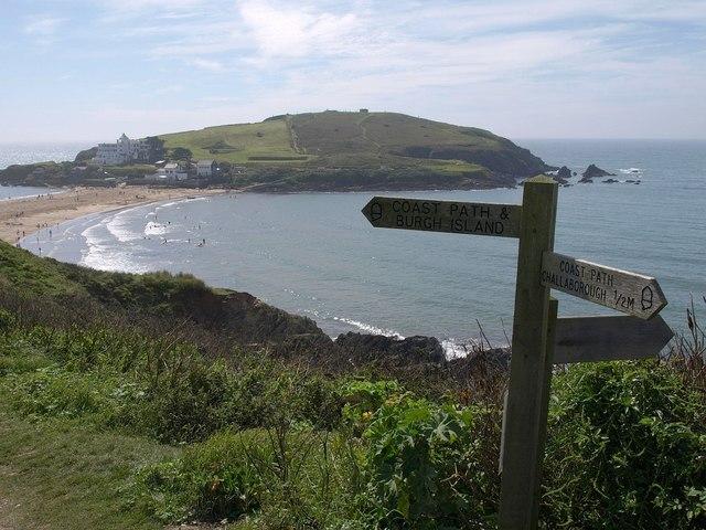 Signpost on coast path, Bigbury-on-Sea - geograph.org.uk - 1474876