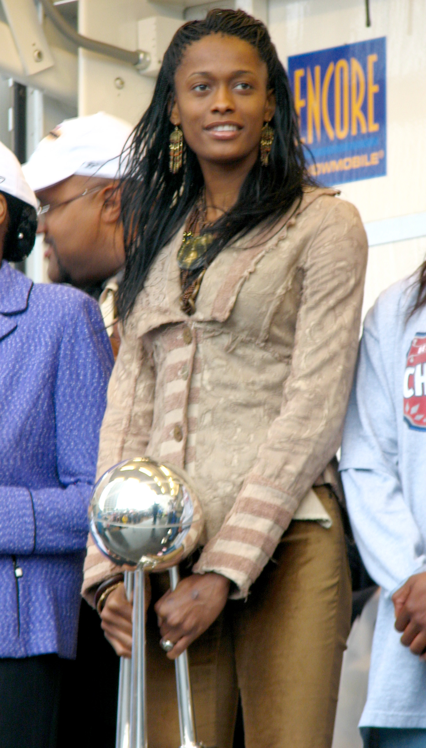 Swin Cash 2 - Royal Wedding Date William And Kate