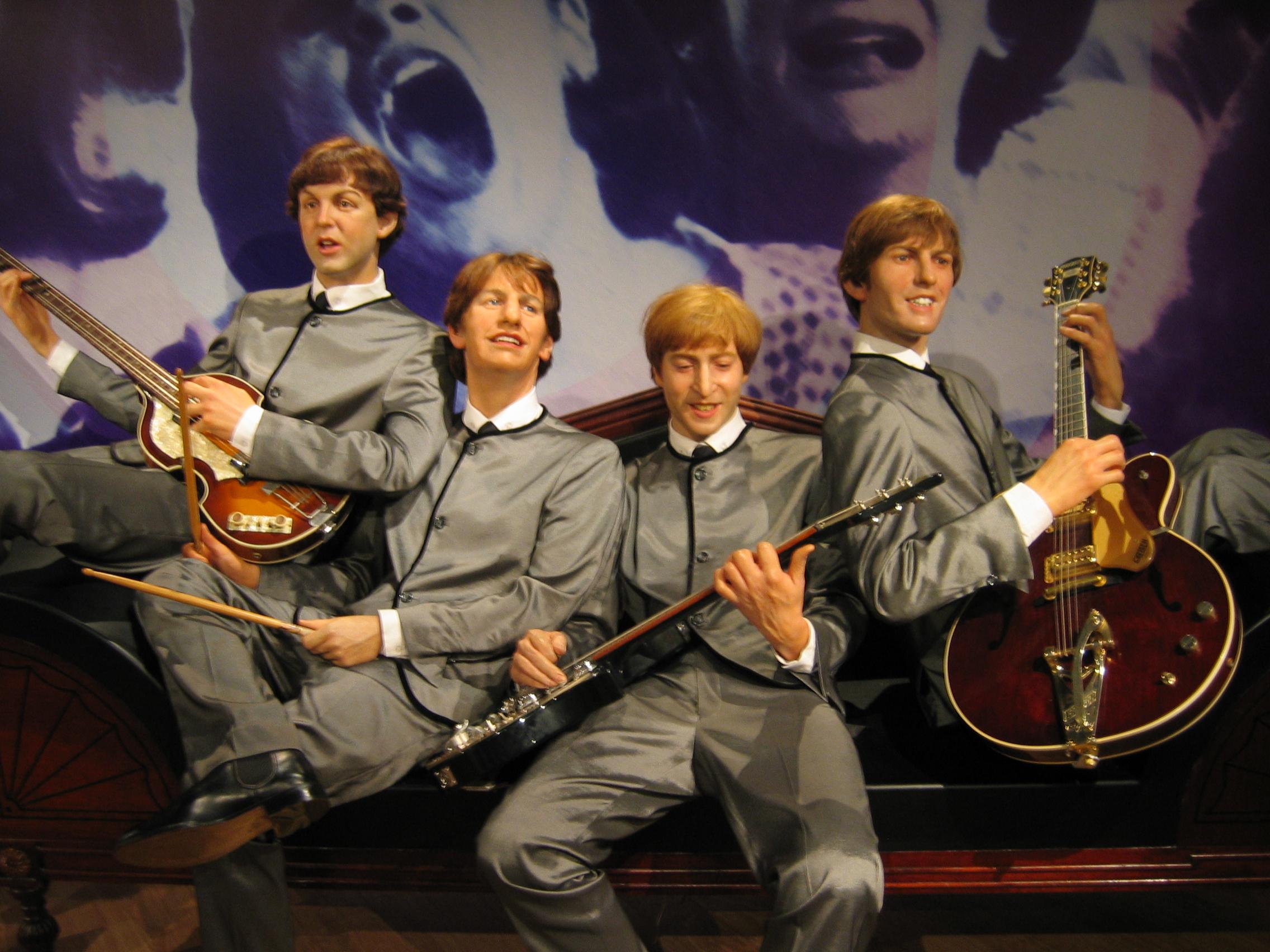 FileThe Beatles Wax Dummes 2