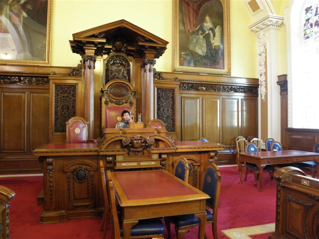 English: The Council Chamber, Belfast City Hal...