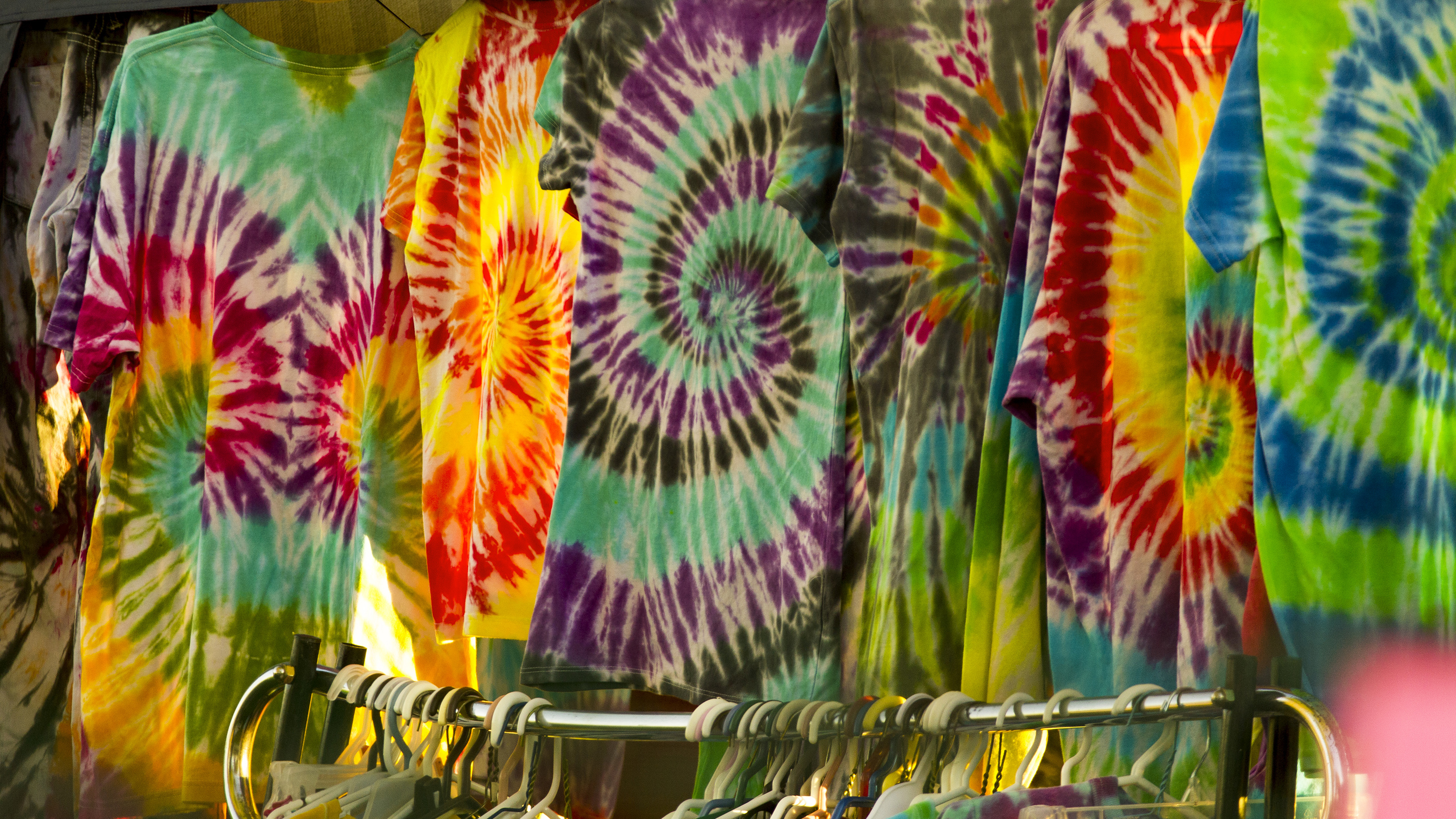 File tie dye t wikimedia commons for Types of tie dye shirts