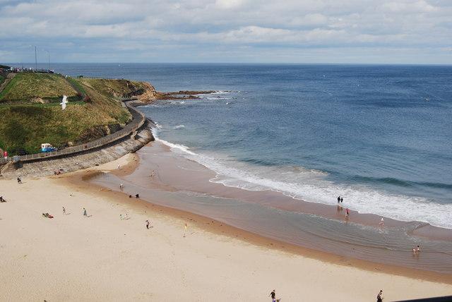 File:Tynemouth Beach - geograph.org.uk - 1467134.jpg