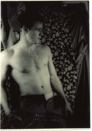 Archivo:Van Vechten Marlon Brando image 170904.jpg