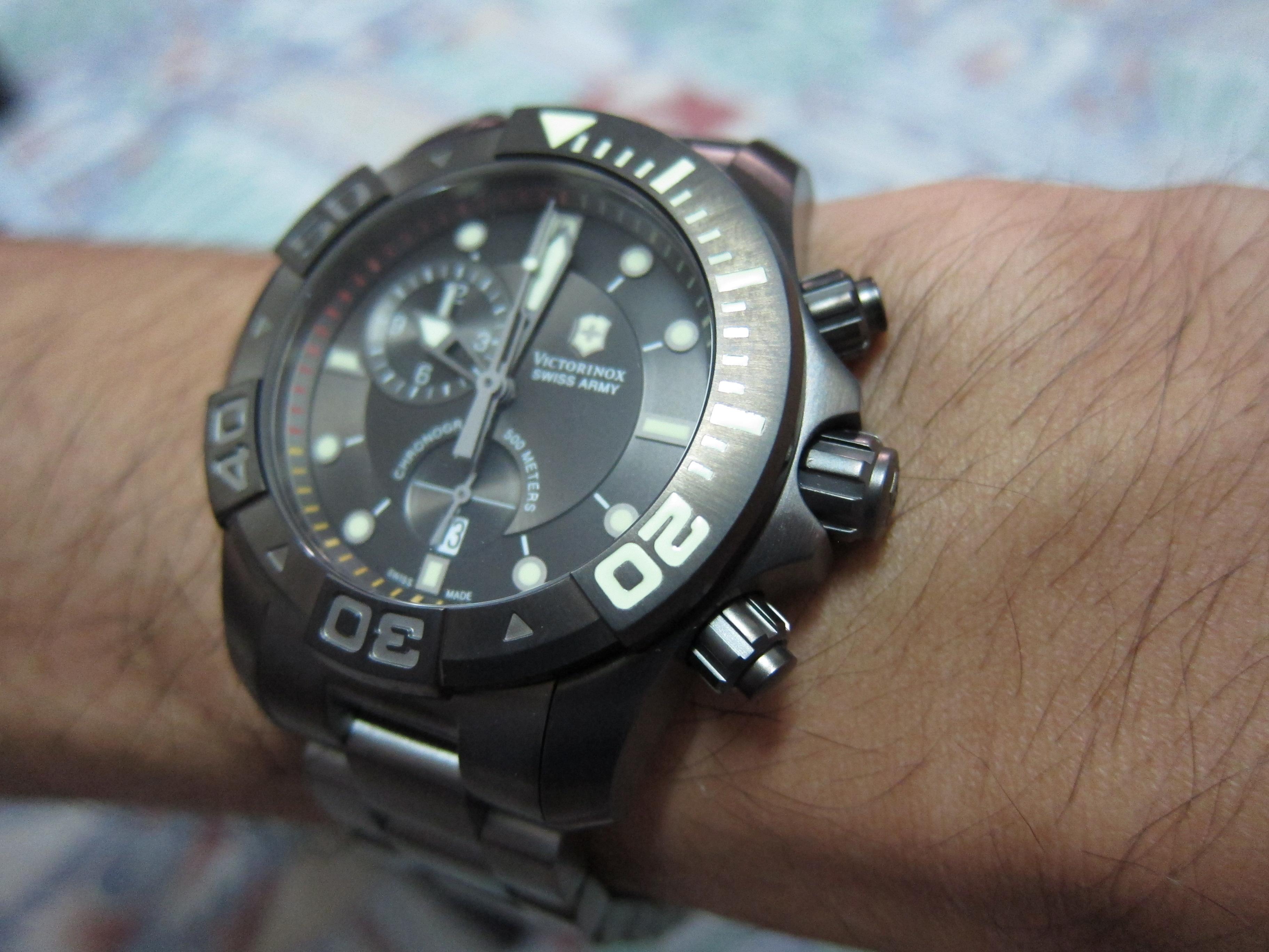 file victorinox swiss army men s 241424 dive master 500 chrono file victorinox swiss army men s 241424 dive master 500 chrono black dial watch 19