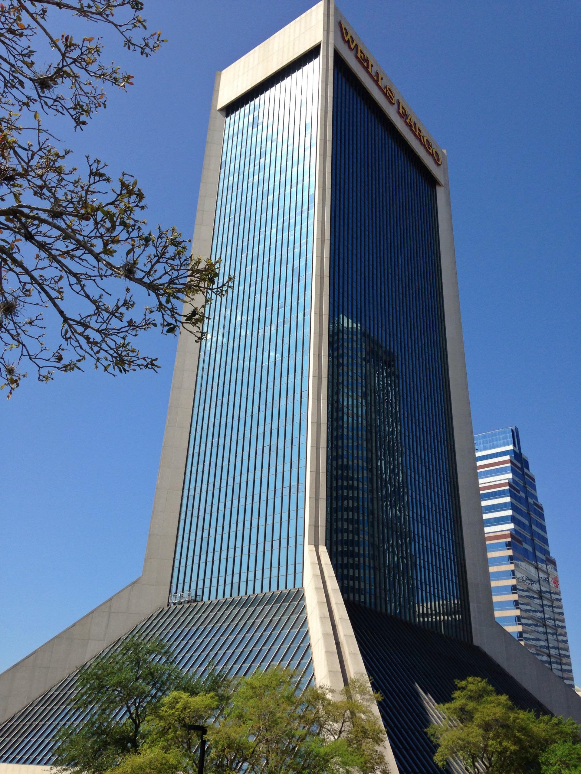 Wells Fargo Center (Jacksonville) - Wikipedia