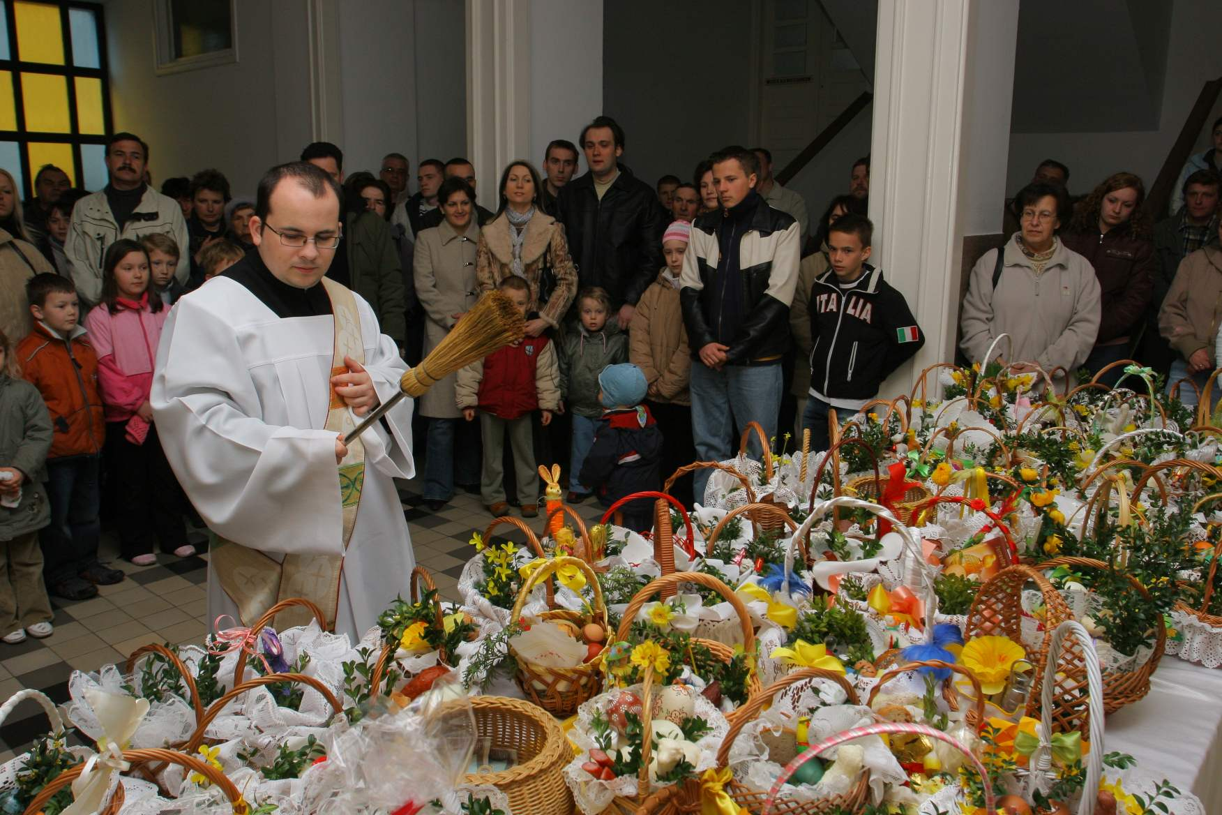 blessing food in Poland