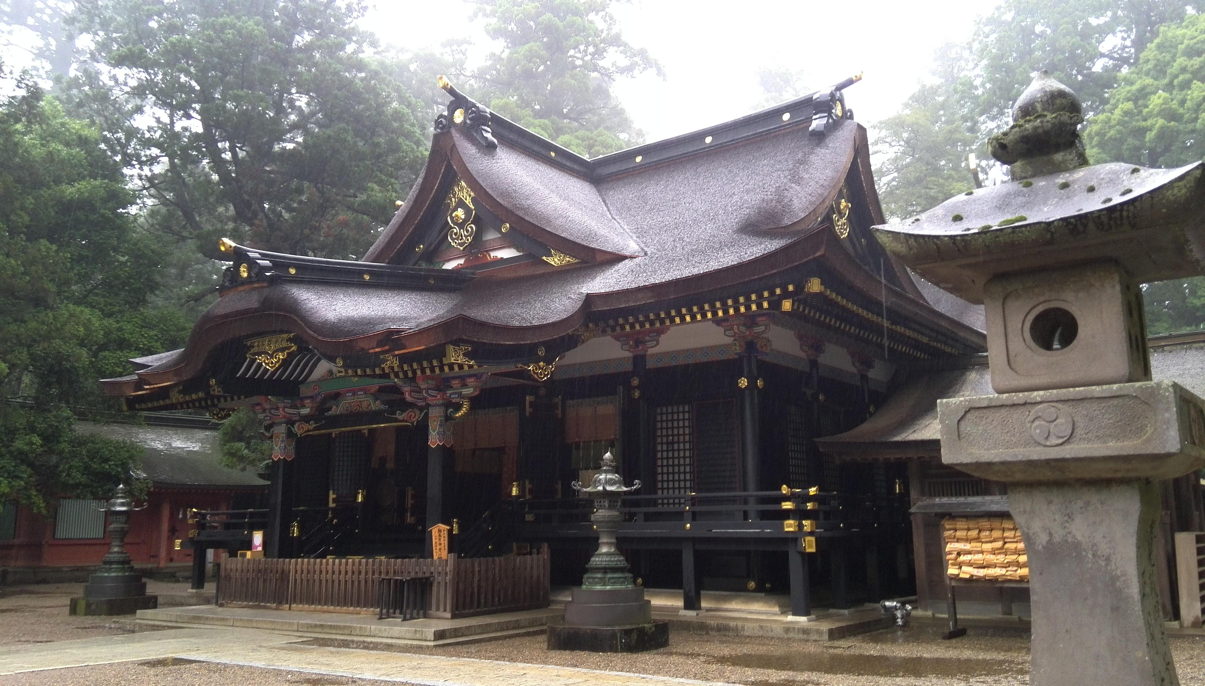 雨の日の香取神宮 02.jpg