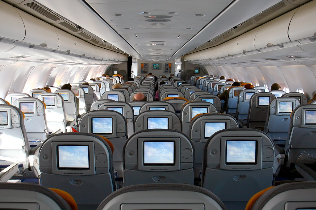file airbus a330 343x lufthansa wikimedia commons. Black Bedroom Furniture Sets. Home Design Ideas