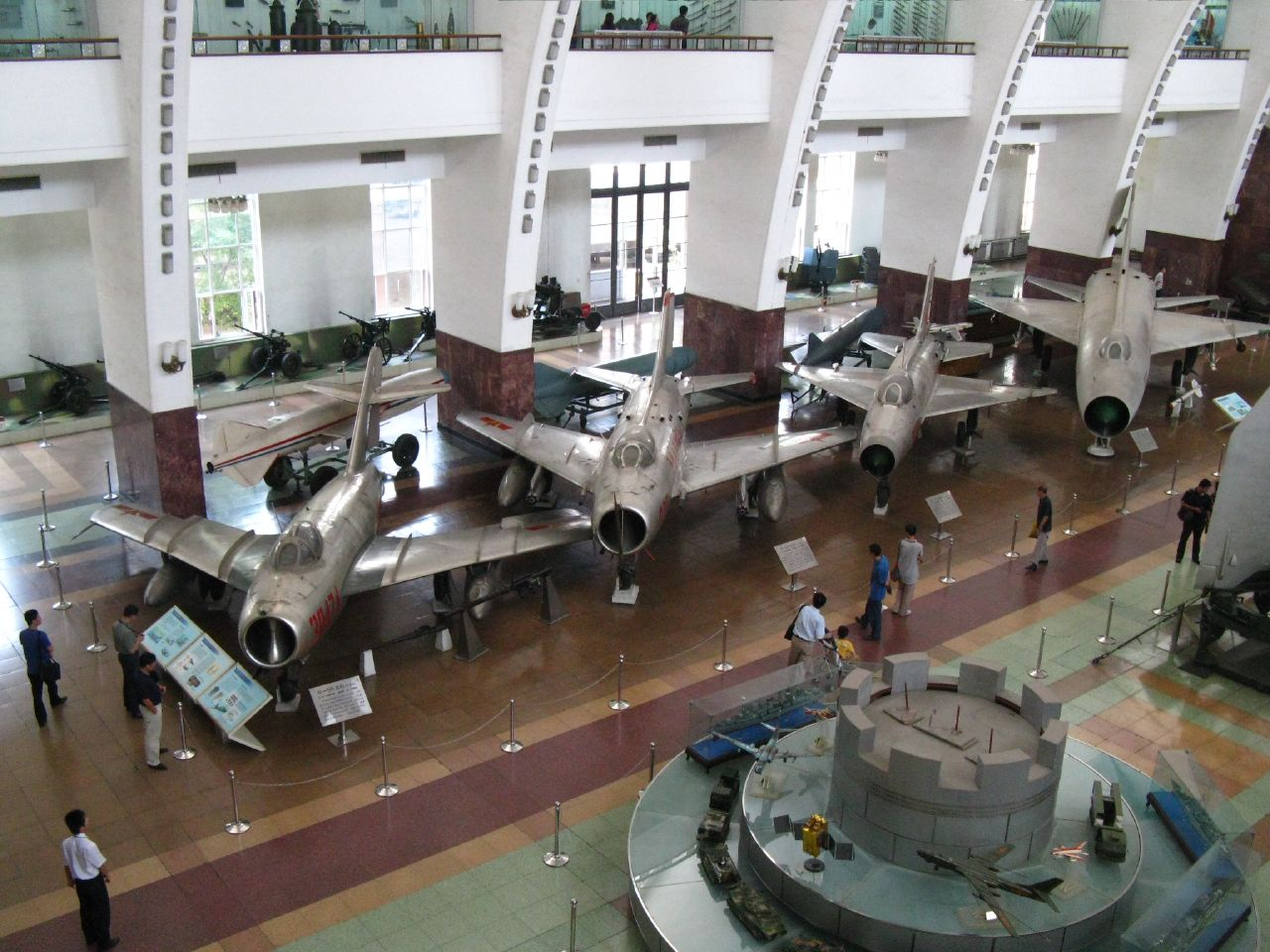 File:Aircraft in the Beijing military museum.jpg ...