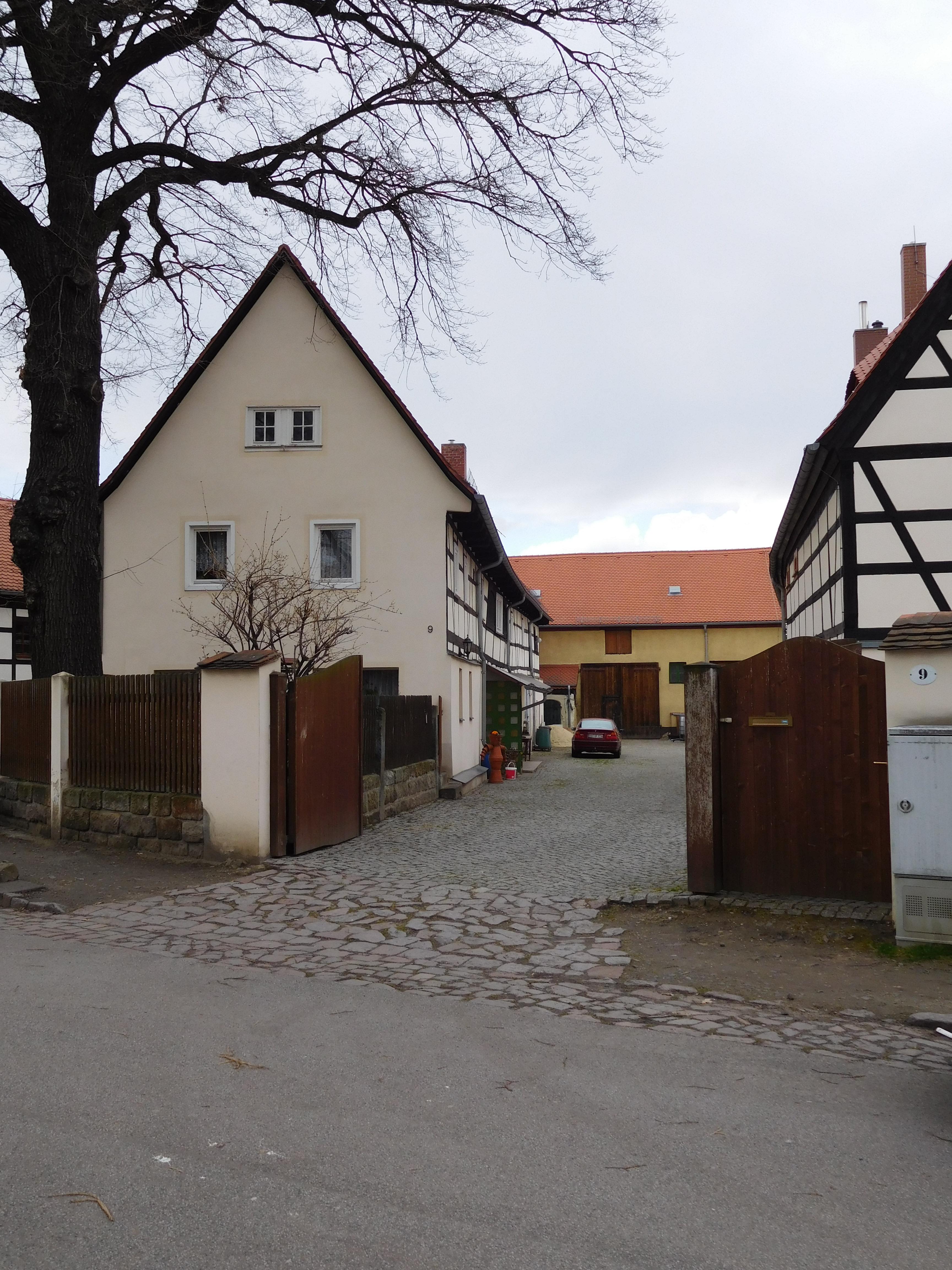Liste der Kulturdenkmale in Mickten - Wikiwand
