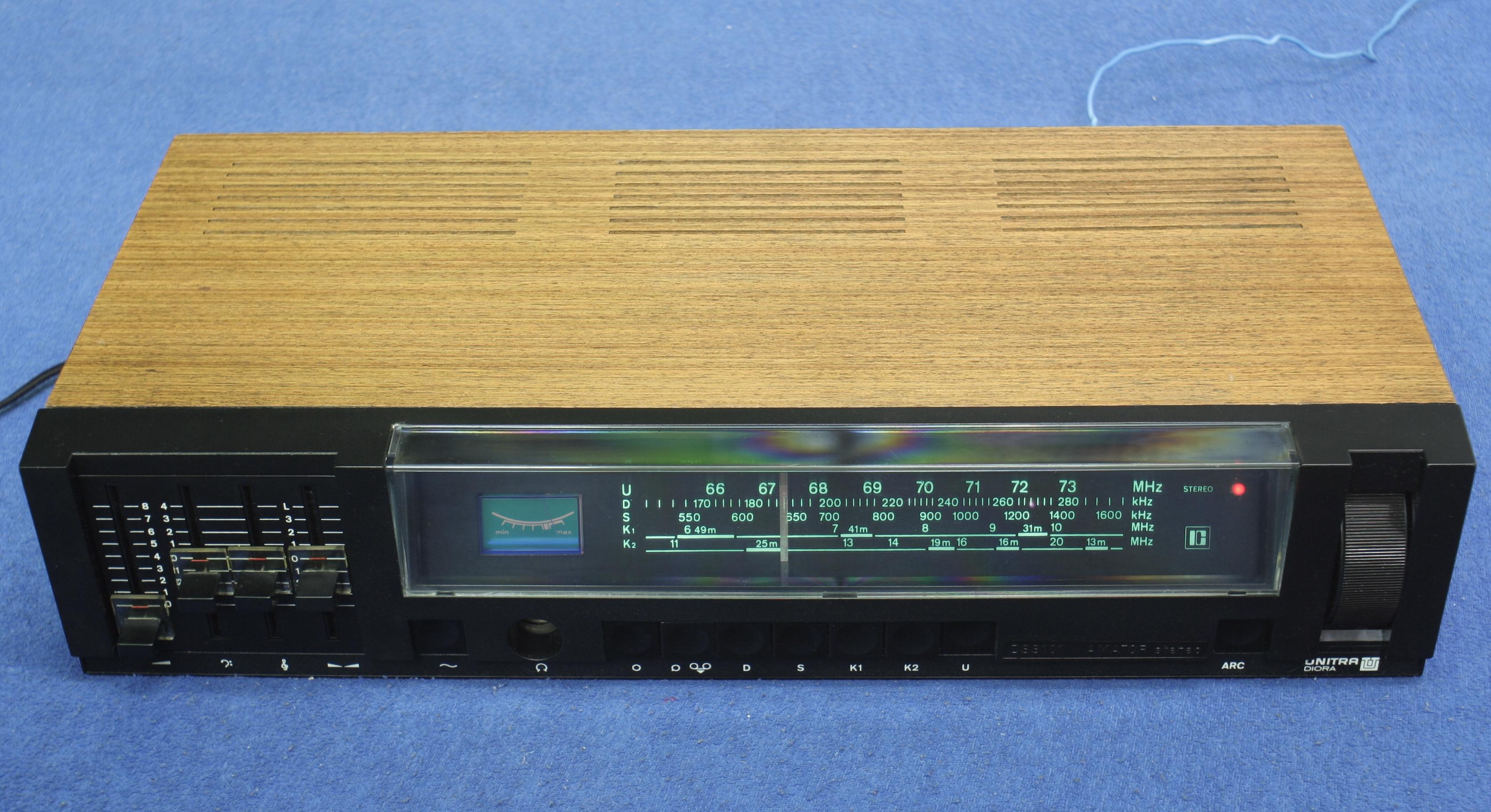 Amator-Stereo DSS-101 – Wikipedia 93d2d30d3b
