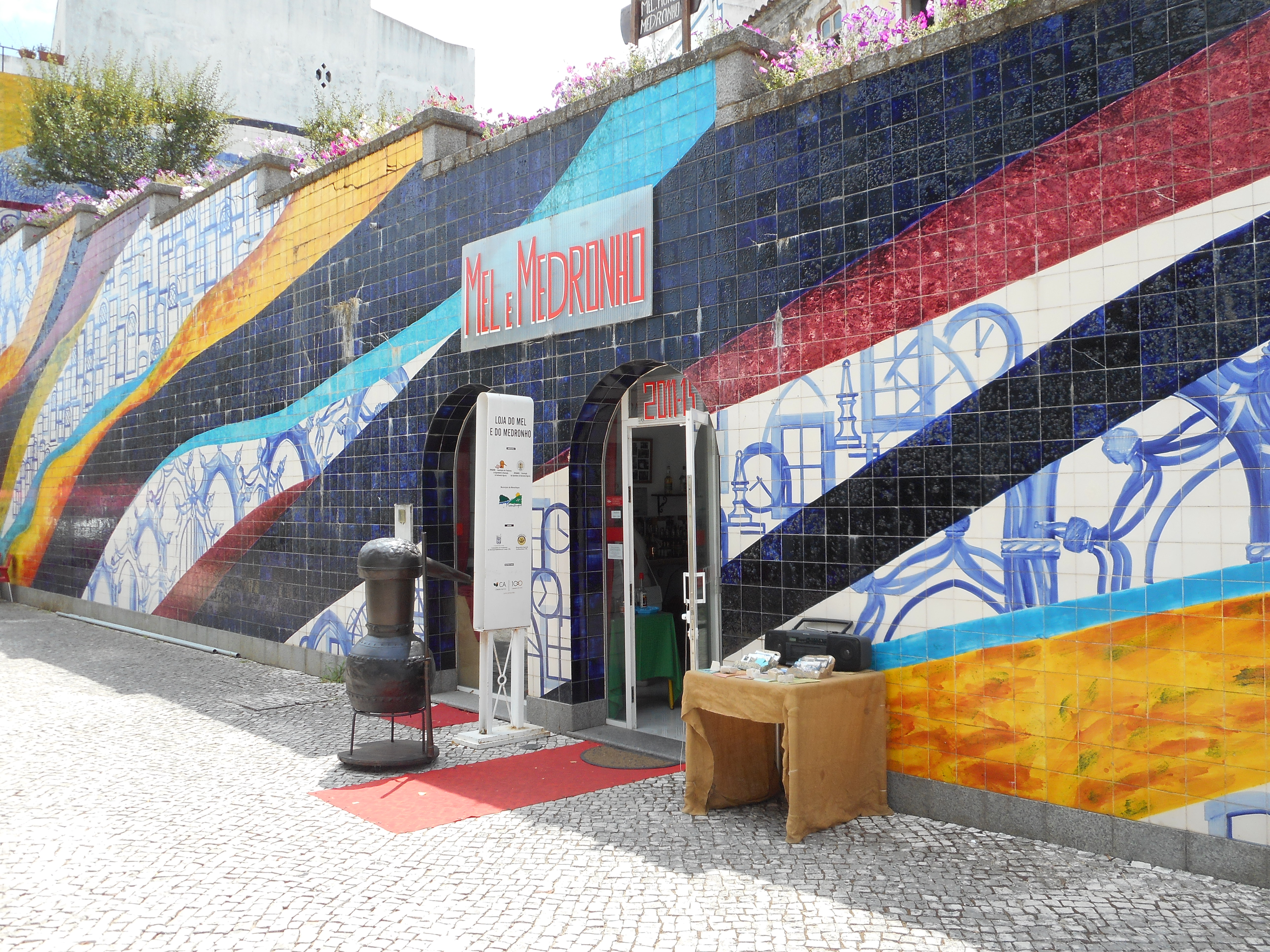 Aquardente Medronho Shop Monchique August