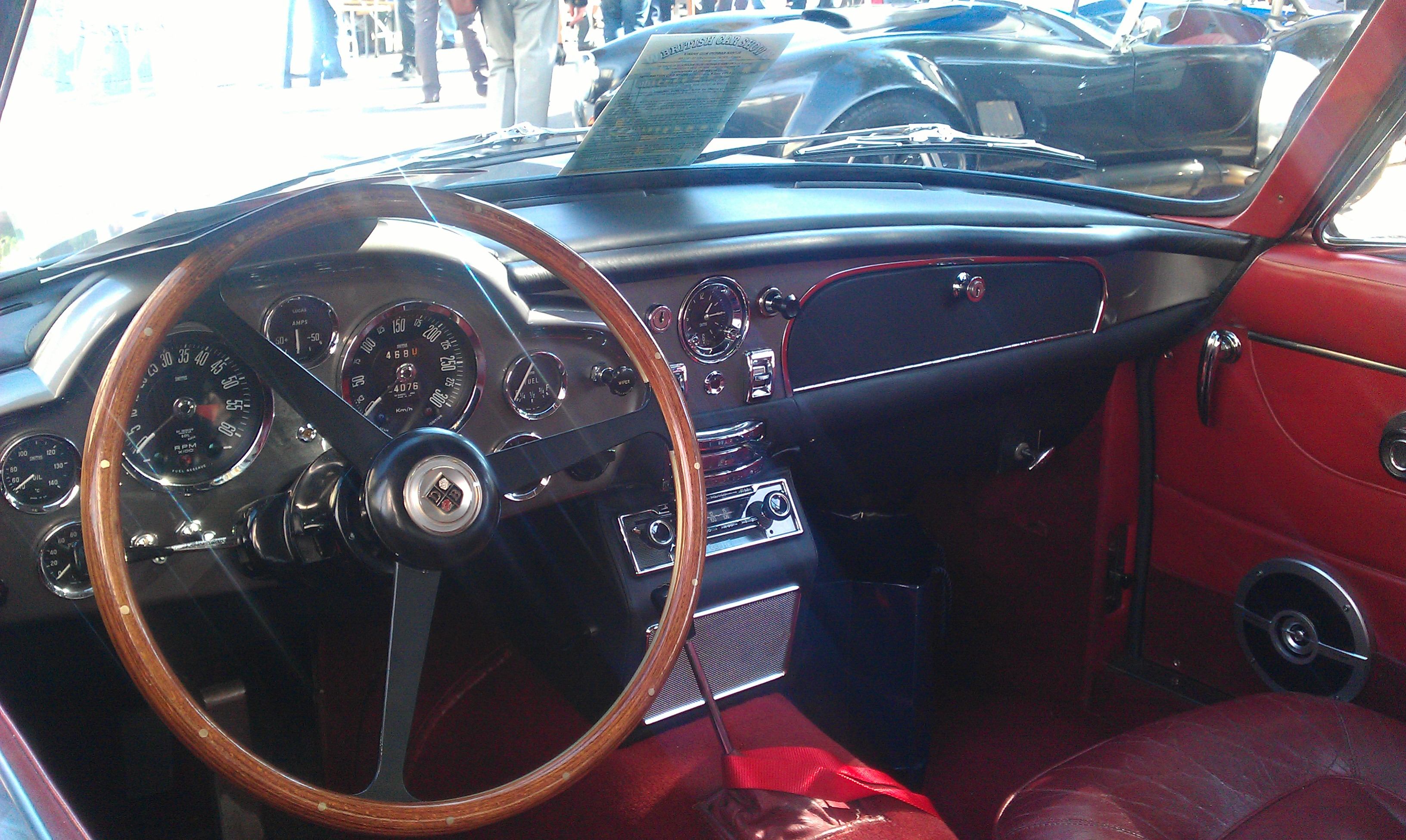FileAston Martin DB6 Vantage in Morges Interior