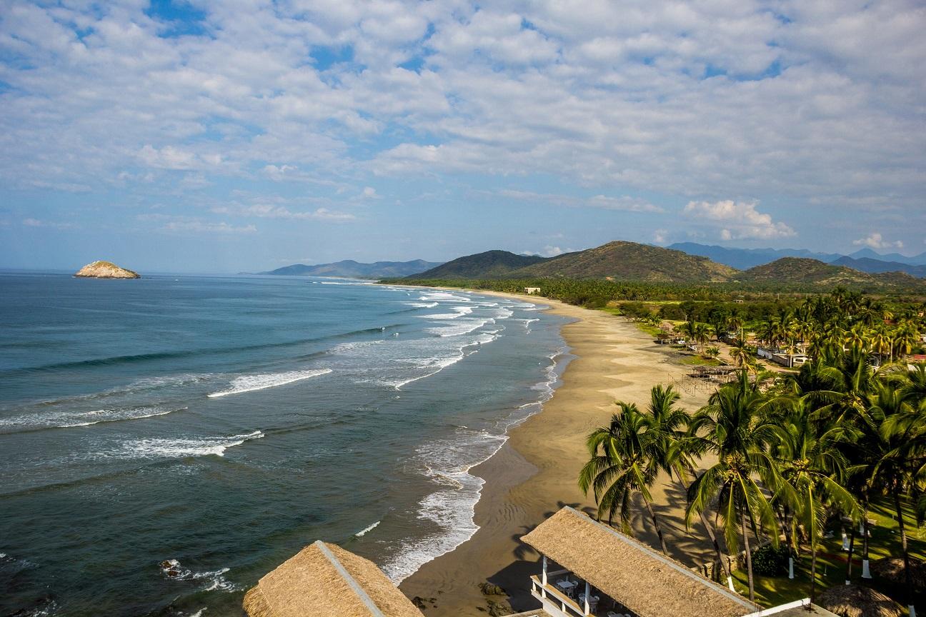 Las Bahías de Papanoa son un sitio conformado por cuatro playas.