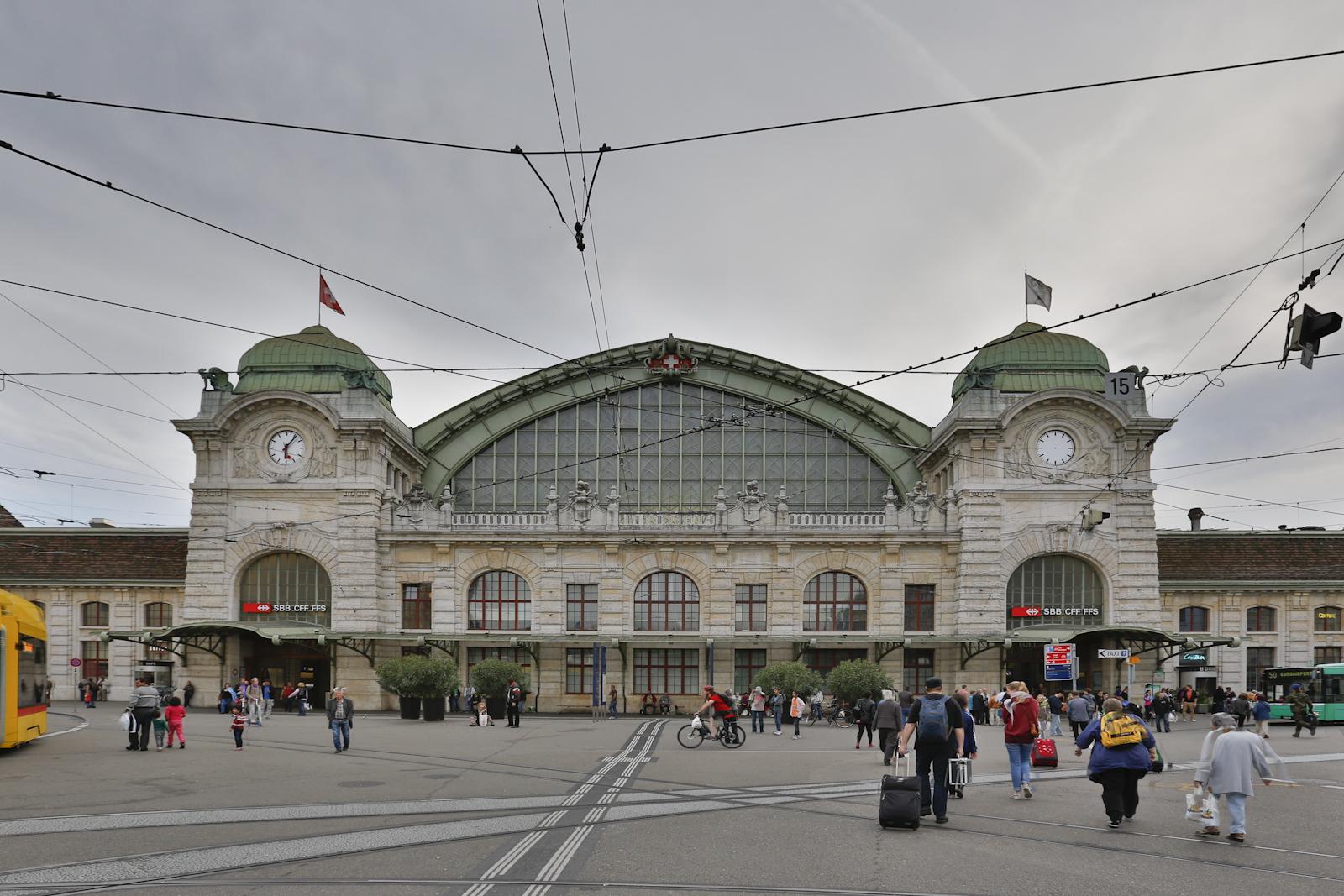 House Desighn File Basel Sbb Bahnhof Jpg