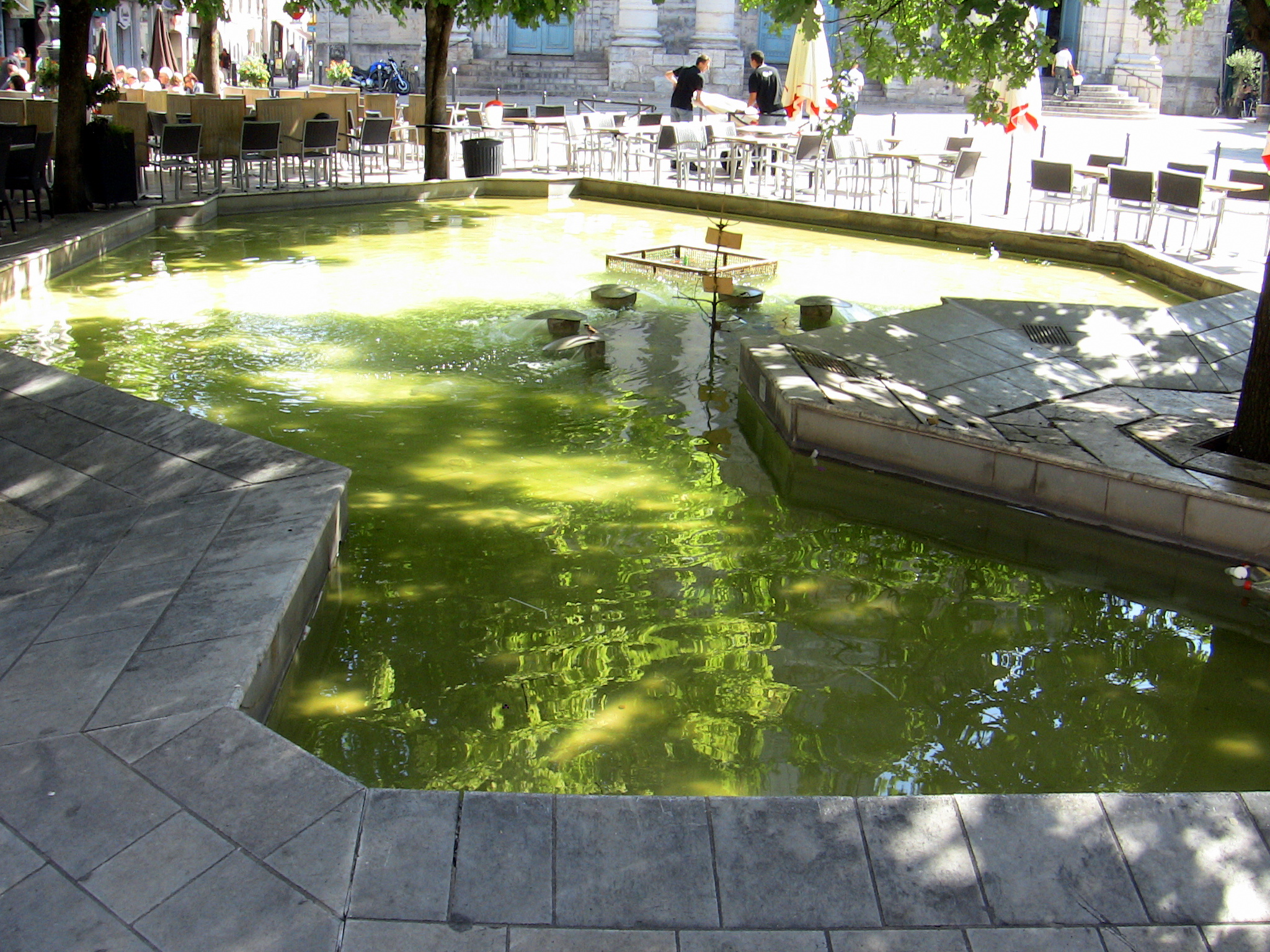 File bassin vauban besan on jpg wikimedia commons - Bassin d ornement preforme besancon ...