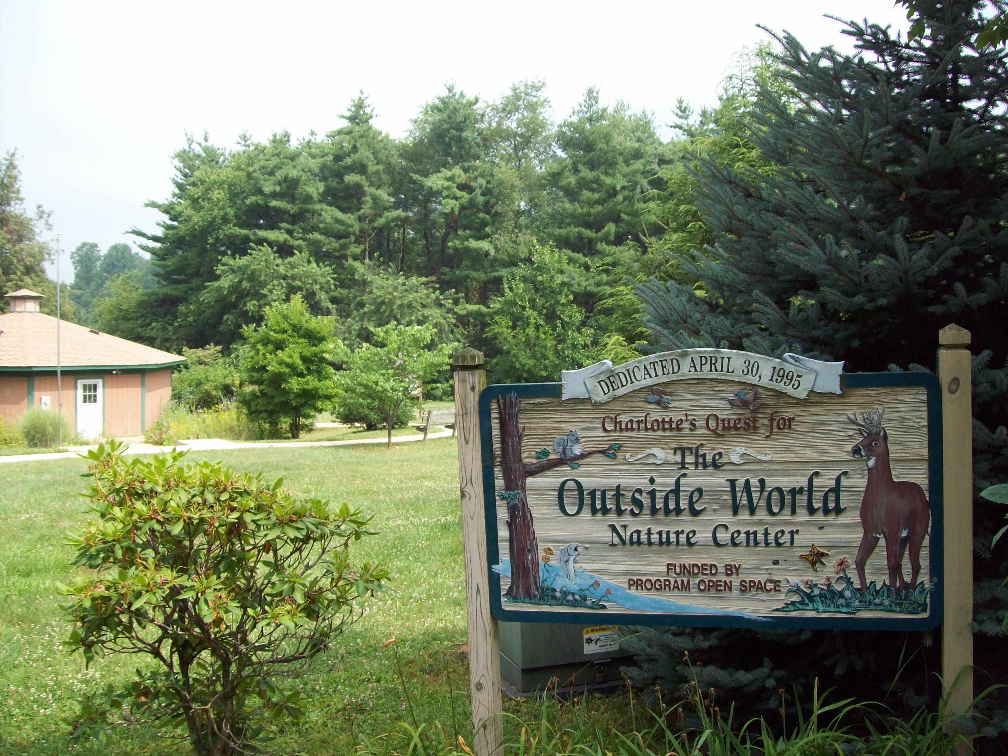 File:Charlotte's Quest Pine Valley Park Manchester ...