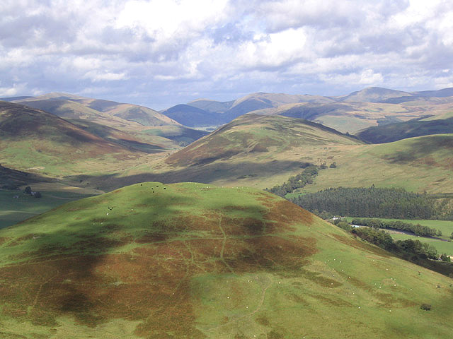File:Clark Fell - geograph.org.uk - 564756.jpg