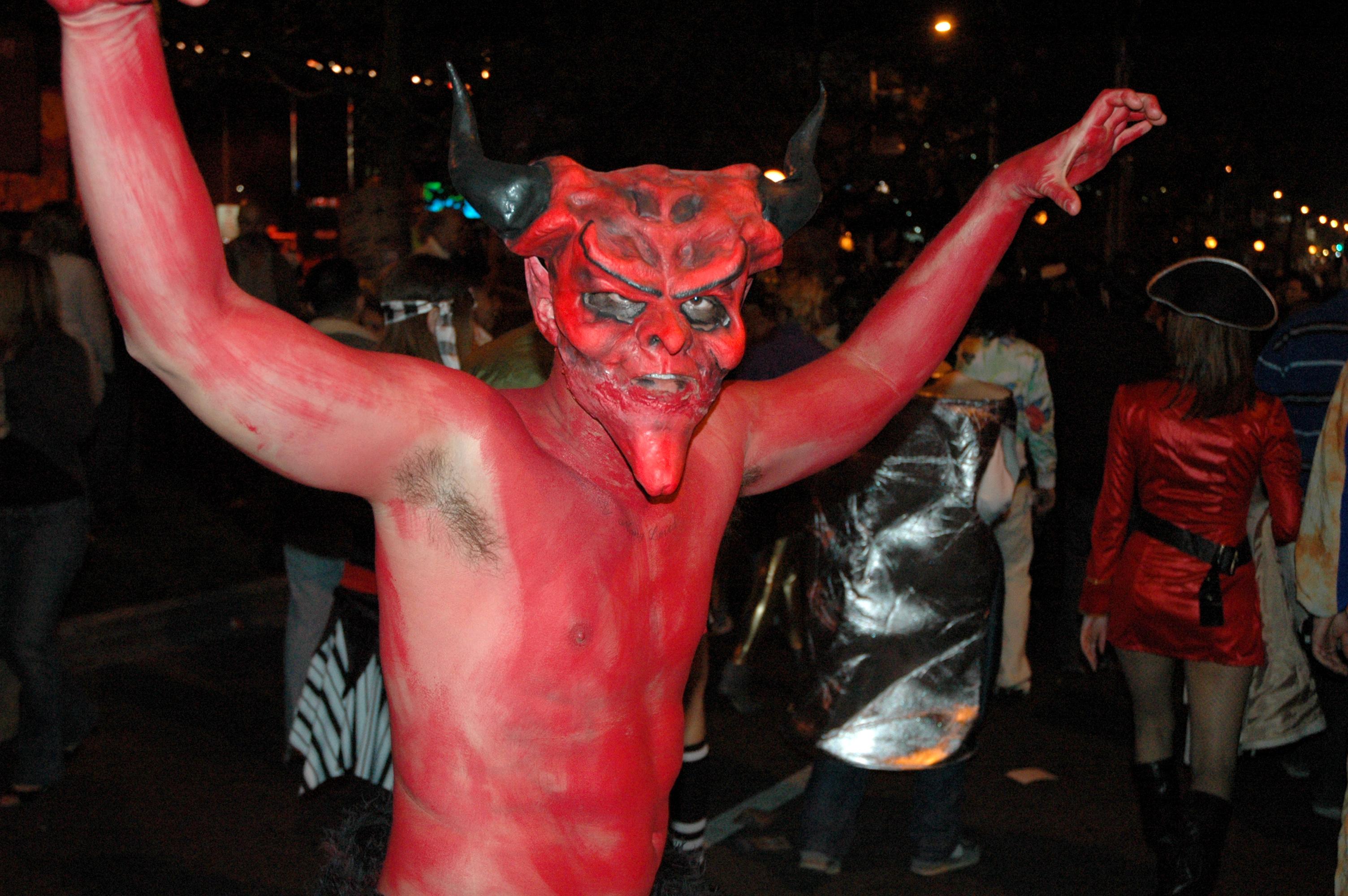 file:demon - 2006 west hollywood halloween carnival - wikimedia