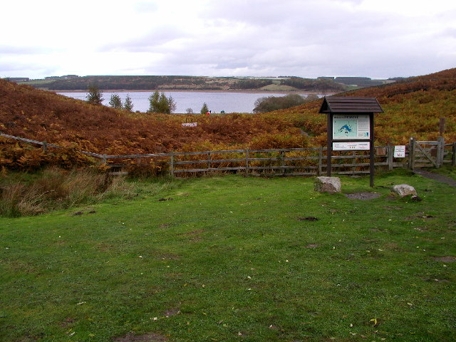 Derwent Reservoir and Pow Hill Country Park - geograph.org.uk - 71963