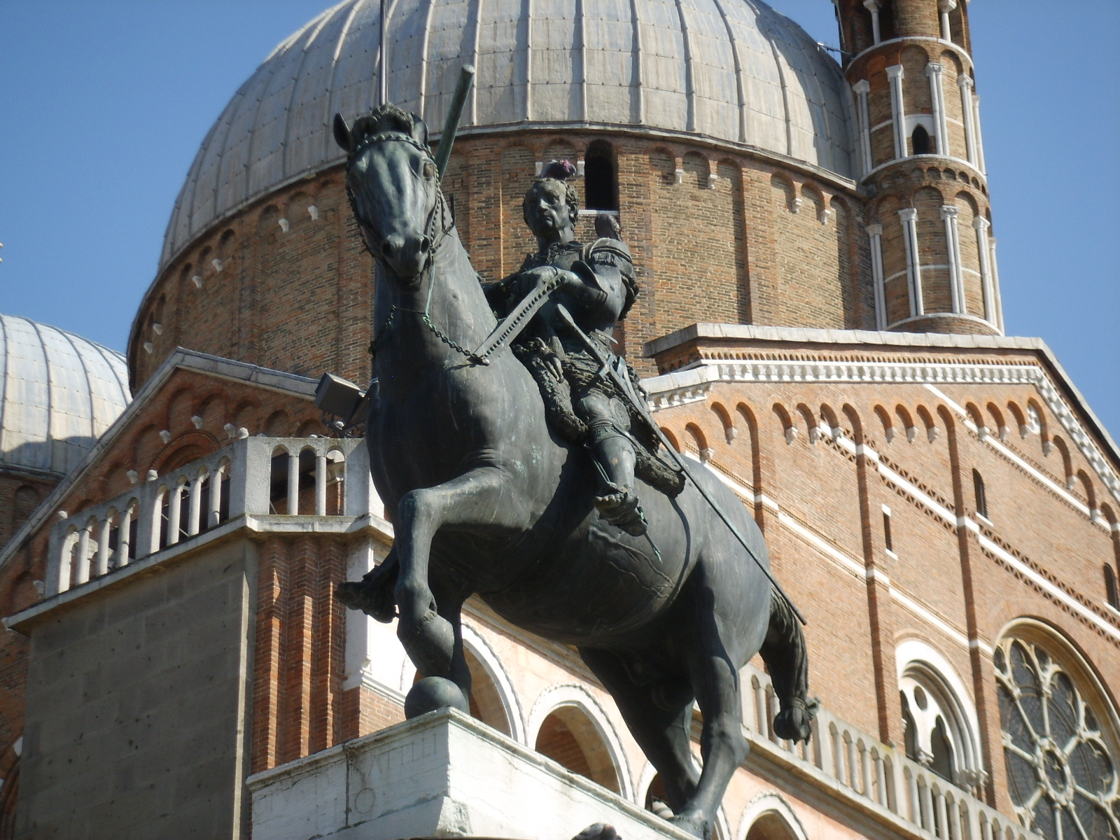 Description Donatello  Monumento equestre al Gattamelata 06 JPGDonatello Equestrian Statue Of Gattamelata