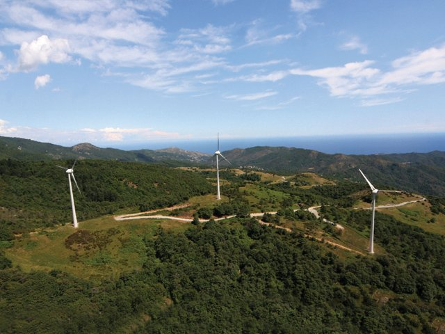 ファイル fera wind farm in stella savona italy with enercon e 48