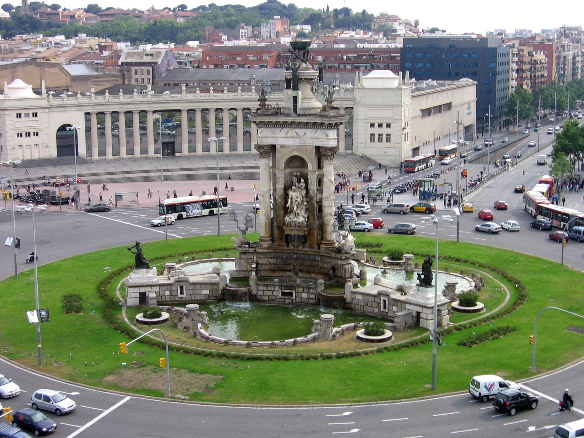 Fuente de la Plaza de España (Barcelona) - Wikipedia, la enciclopedia libre