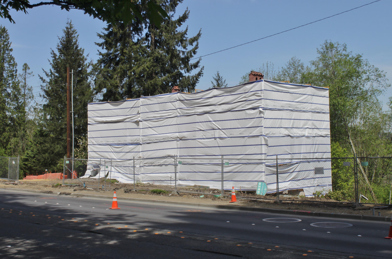 Frederick W. Winters House under renovation, 2018.jpg English: The historic Frederick W. Winters House in Bellevue, Washington, wrapped in