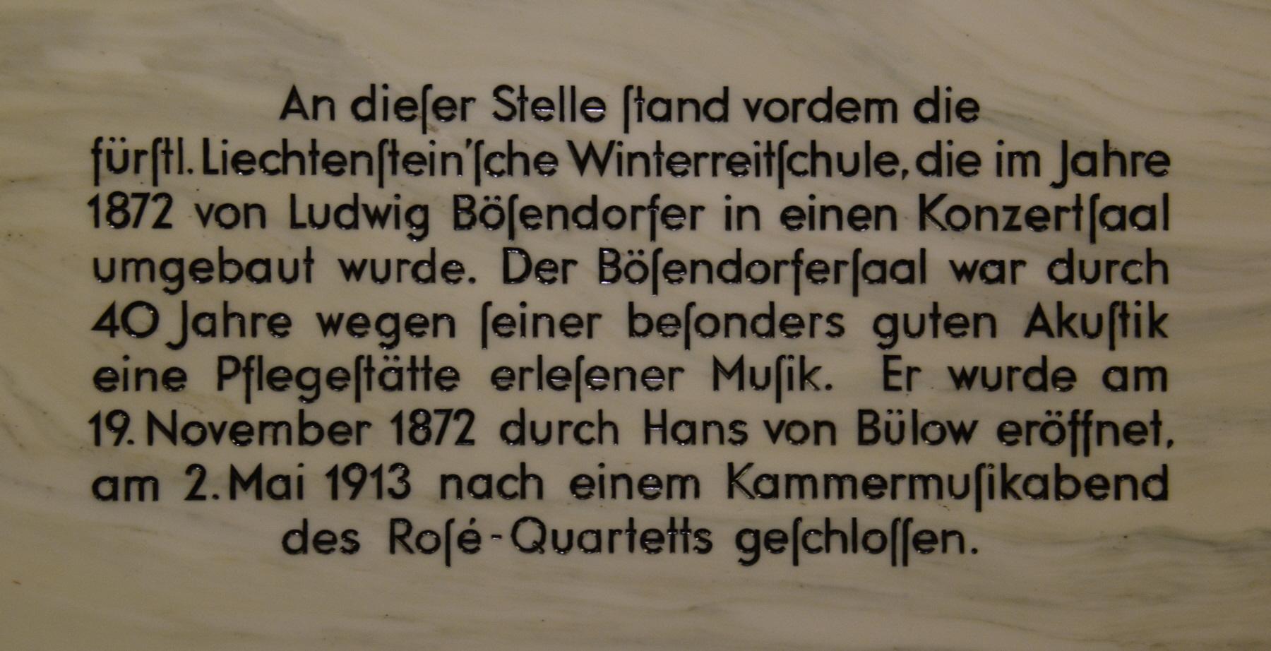 GuentherZ 2014-09-13 (1) Wien01 Herrengasse Hochhaus Herrengasse GedenktafelA.JPG