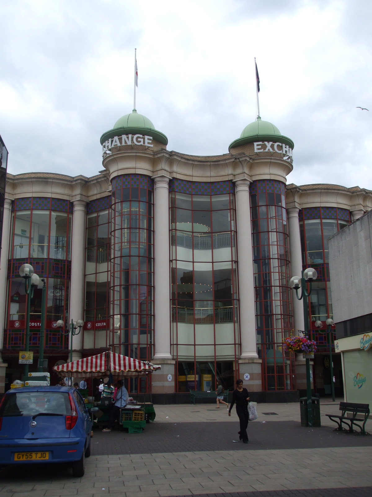 File:Ilford Exchange Shopping Centre.JPG - Wikipedia