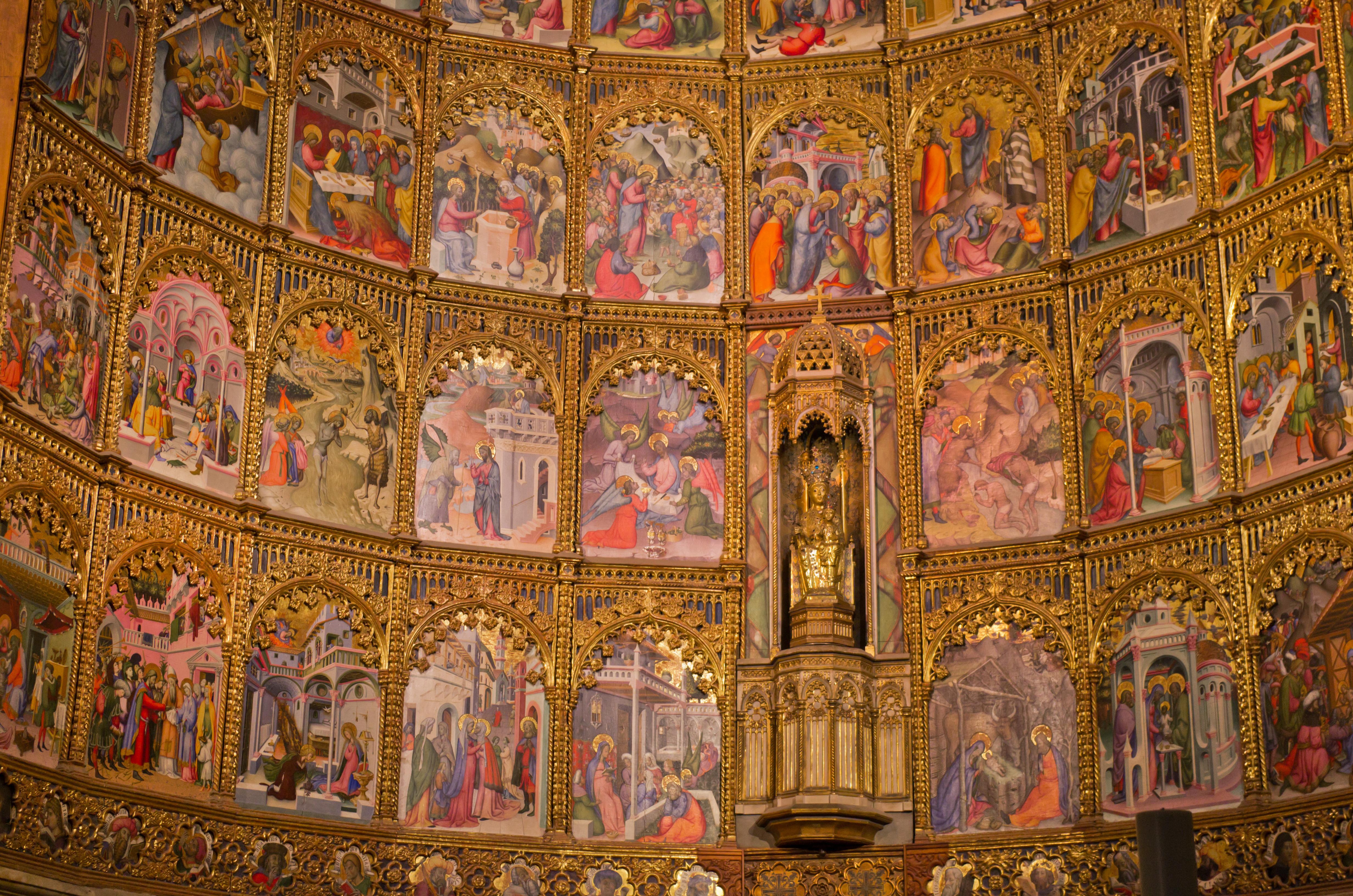 File:Interiores de la Catedral Vieja de Salamanca 08.jpg ...