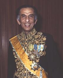Jamshid Amouzegar Iranian politician