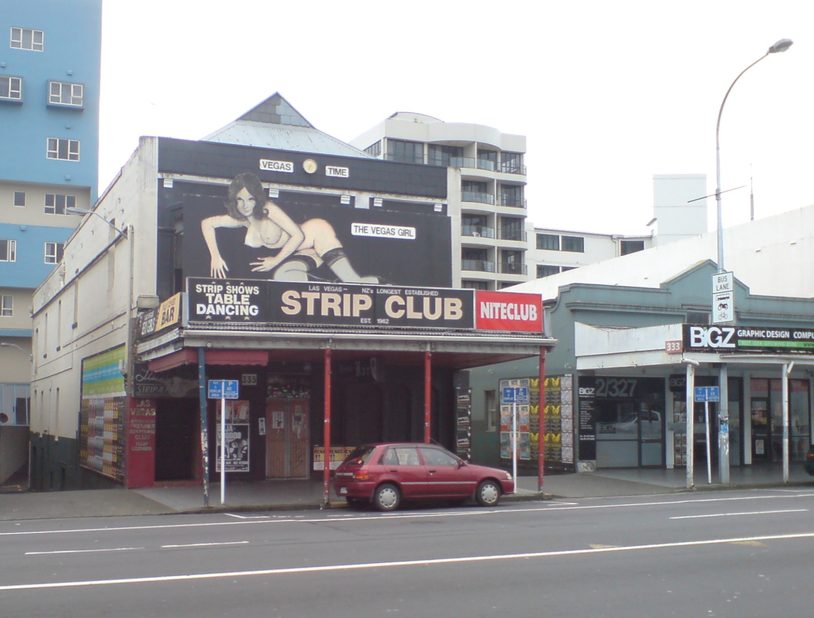 Filekarangahape road strip clubg wikimedia commons filekarangahape road strip clubg aloadofball Images