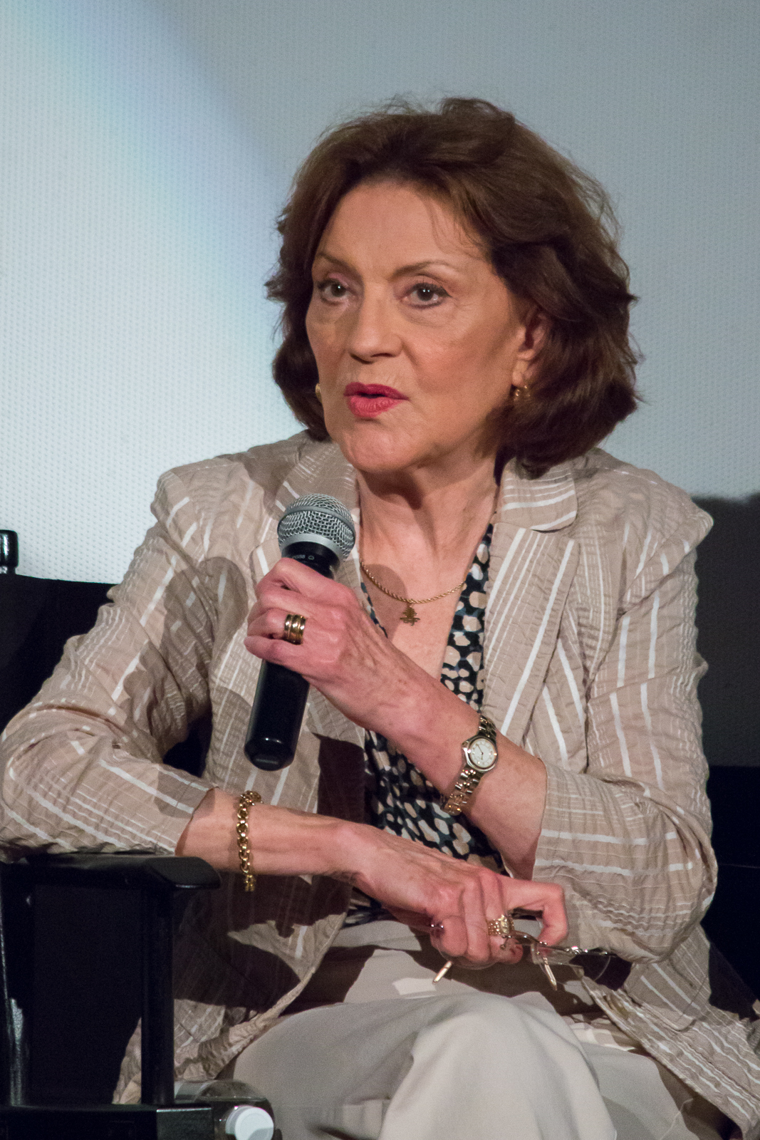 Kelly Bishop Größe