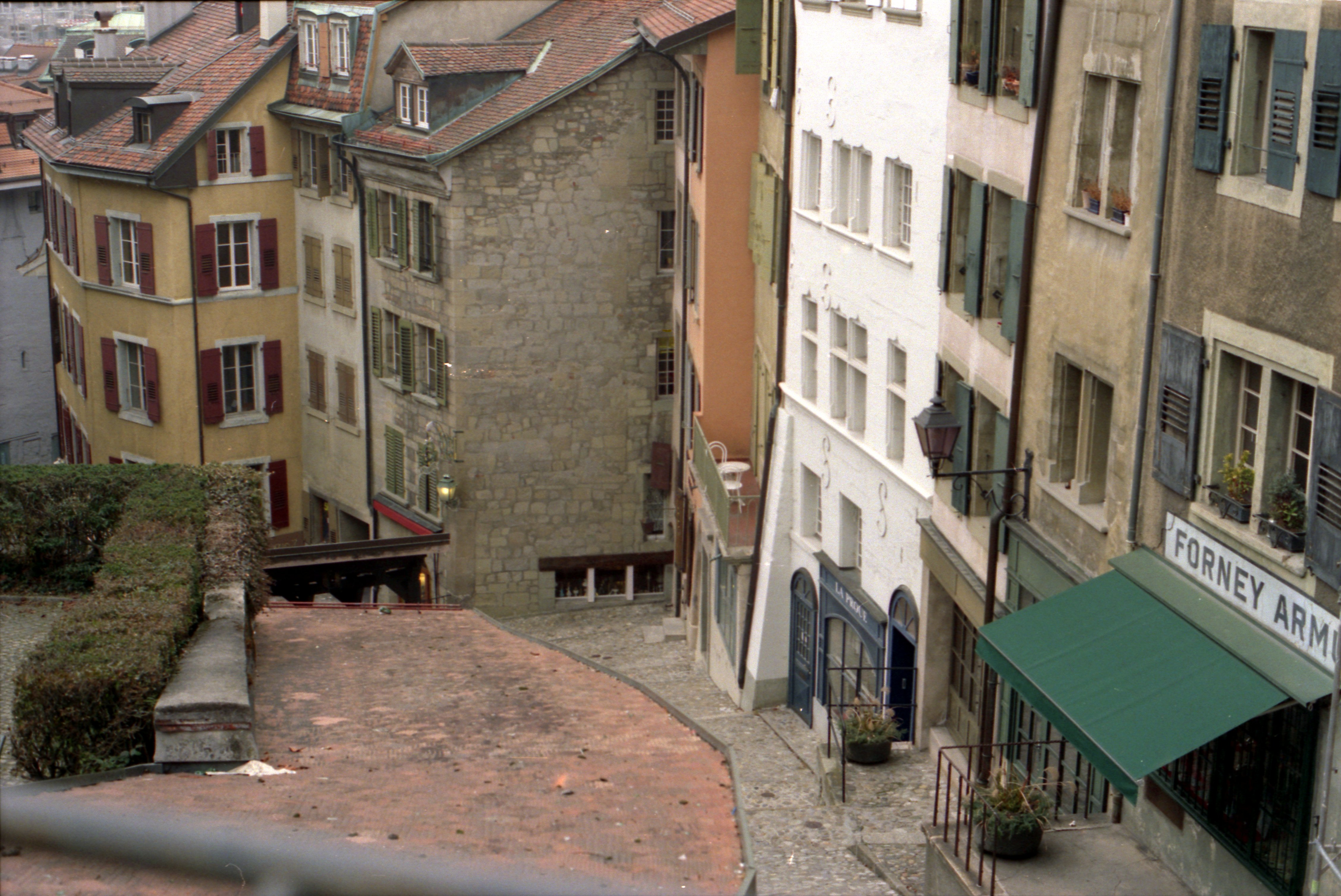 File lausanne vieille ville for Piscine lausanne