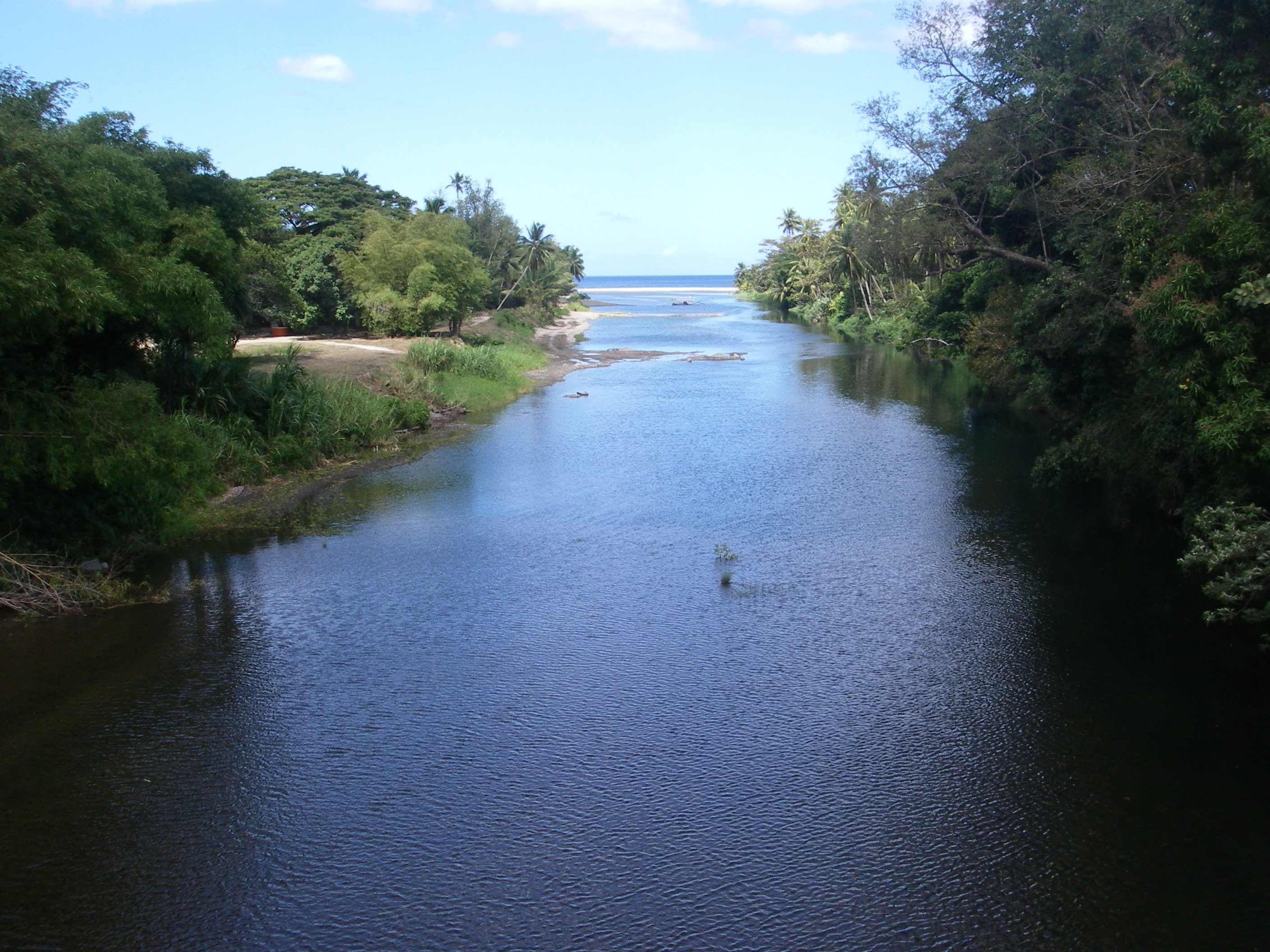File:Layou River.jpg  Wikipedia, the free encyclopedia