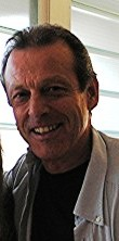 Leslie Grantham in 2005 at a performance of Beyond Reasonable Doubt.jpg