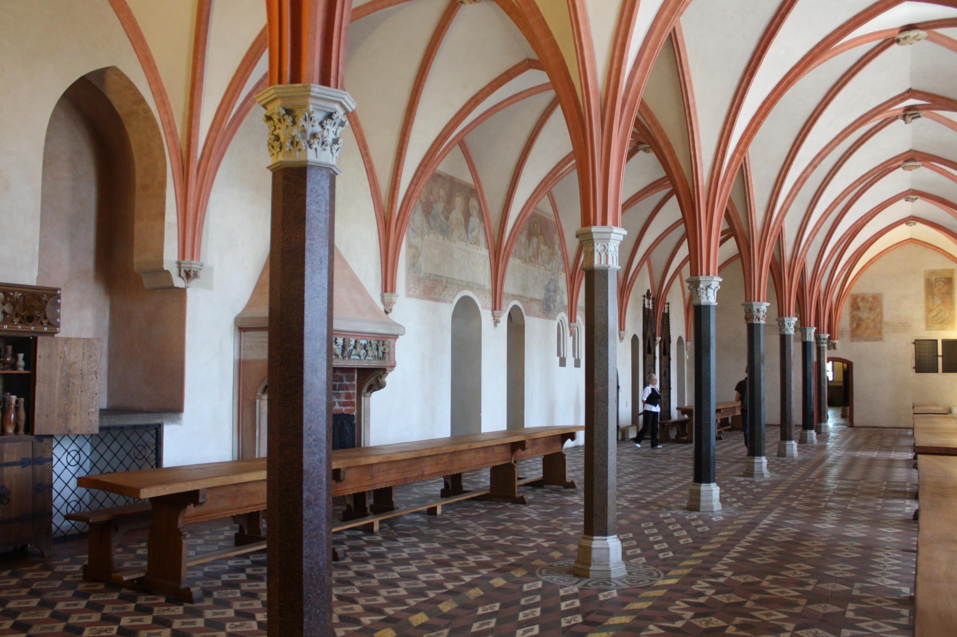 File:Malbork, Zamek Wysoki, Refektarz konwentu.jpg - Wikimedia Commons: commons.wikimedia.org/wiki/file:malbork,_zamek_wysoki,_refektarz...