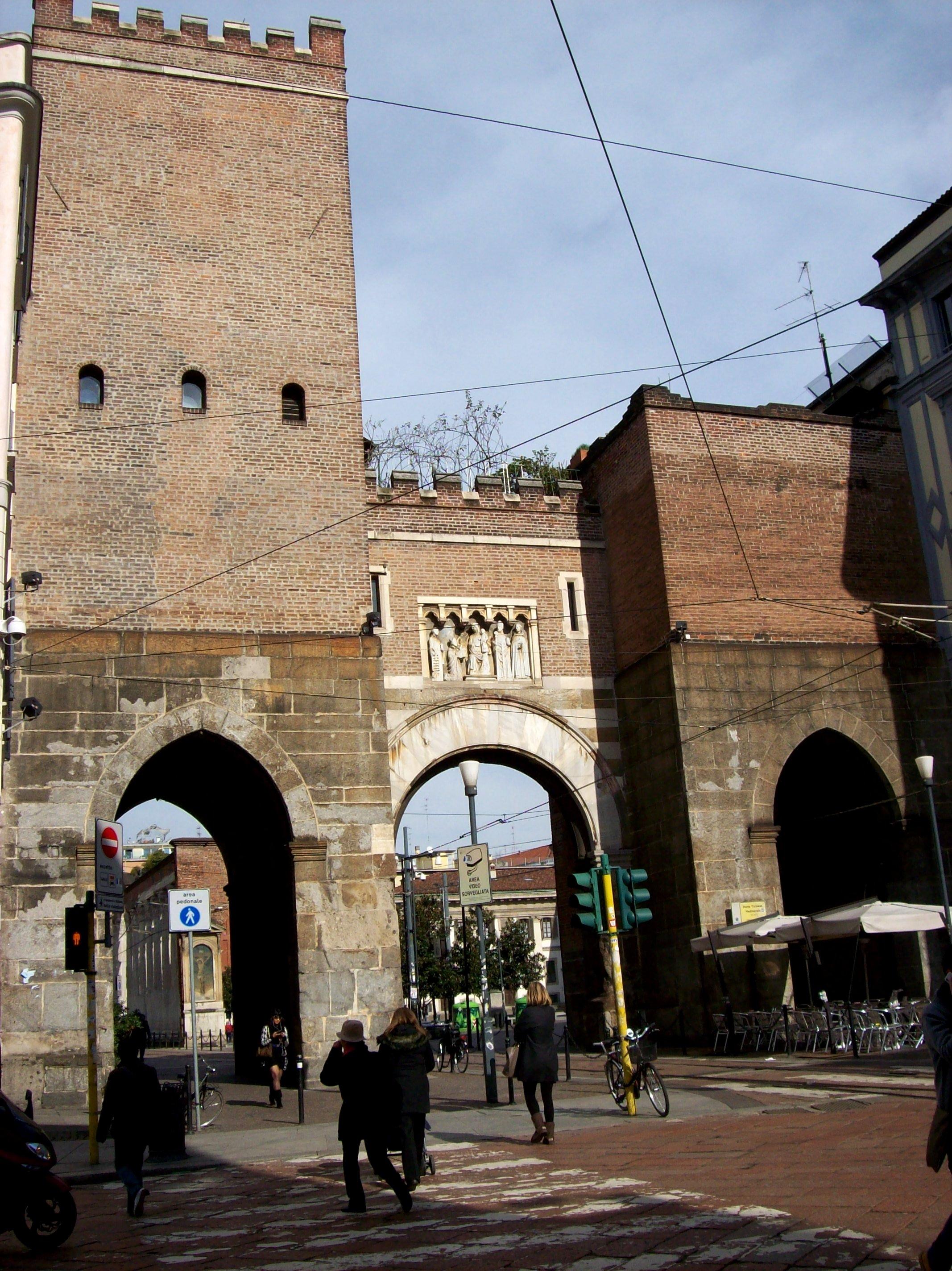 Mura medievali di Milano - Wikipedia