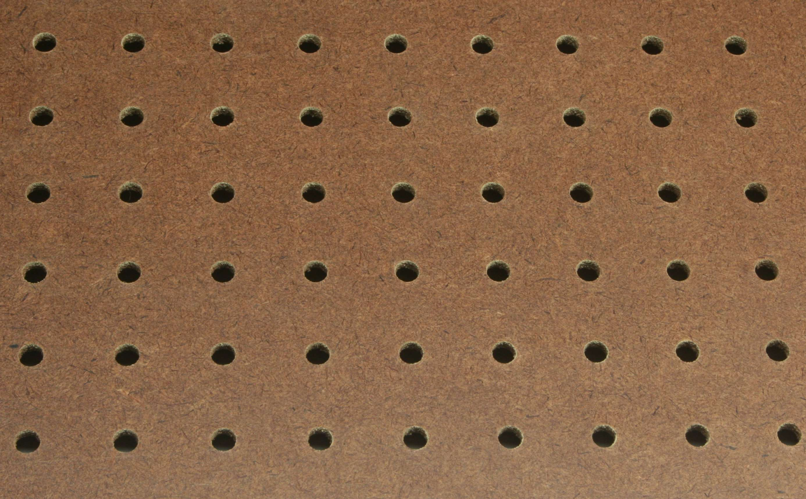 Particle board vs plywood - Perforated Hardboard