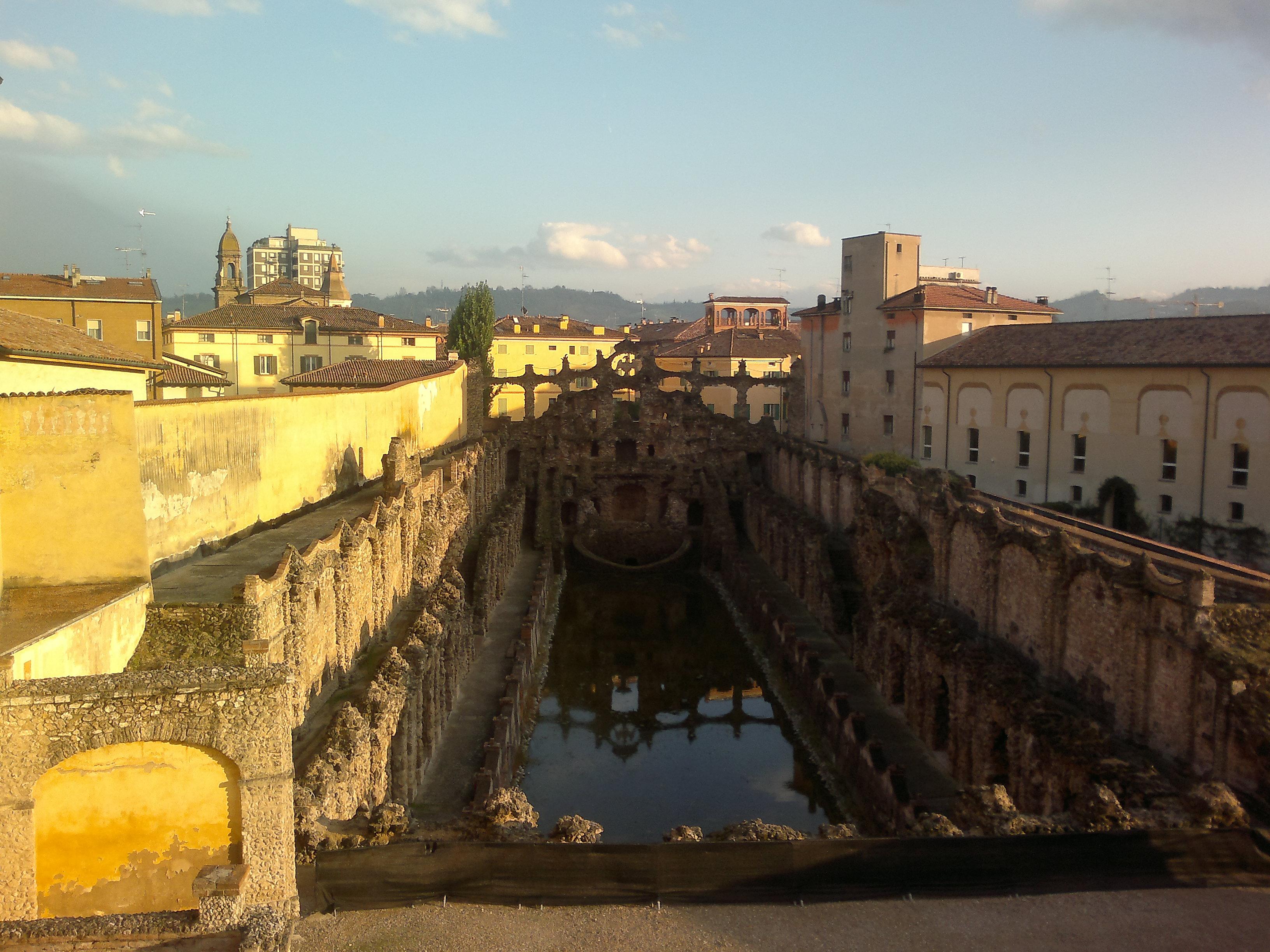 File Peschiera Dalla Terrazza Belvedere Jpg Wikimedia