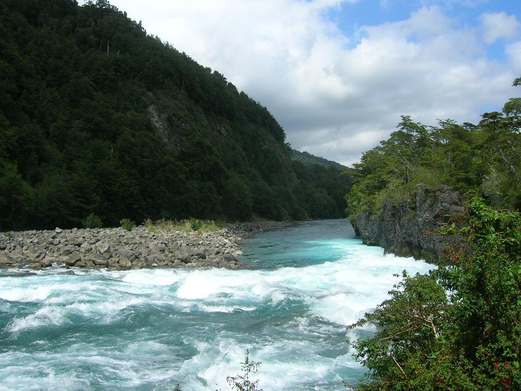 Petrohué River - ...