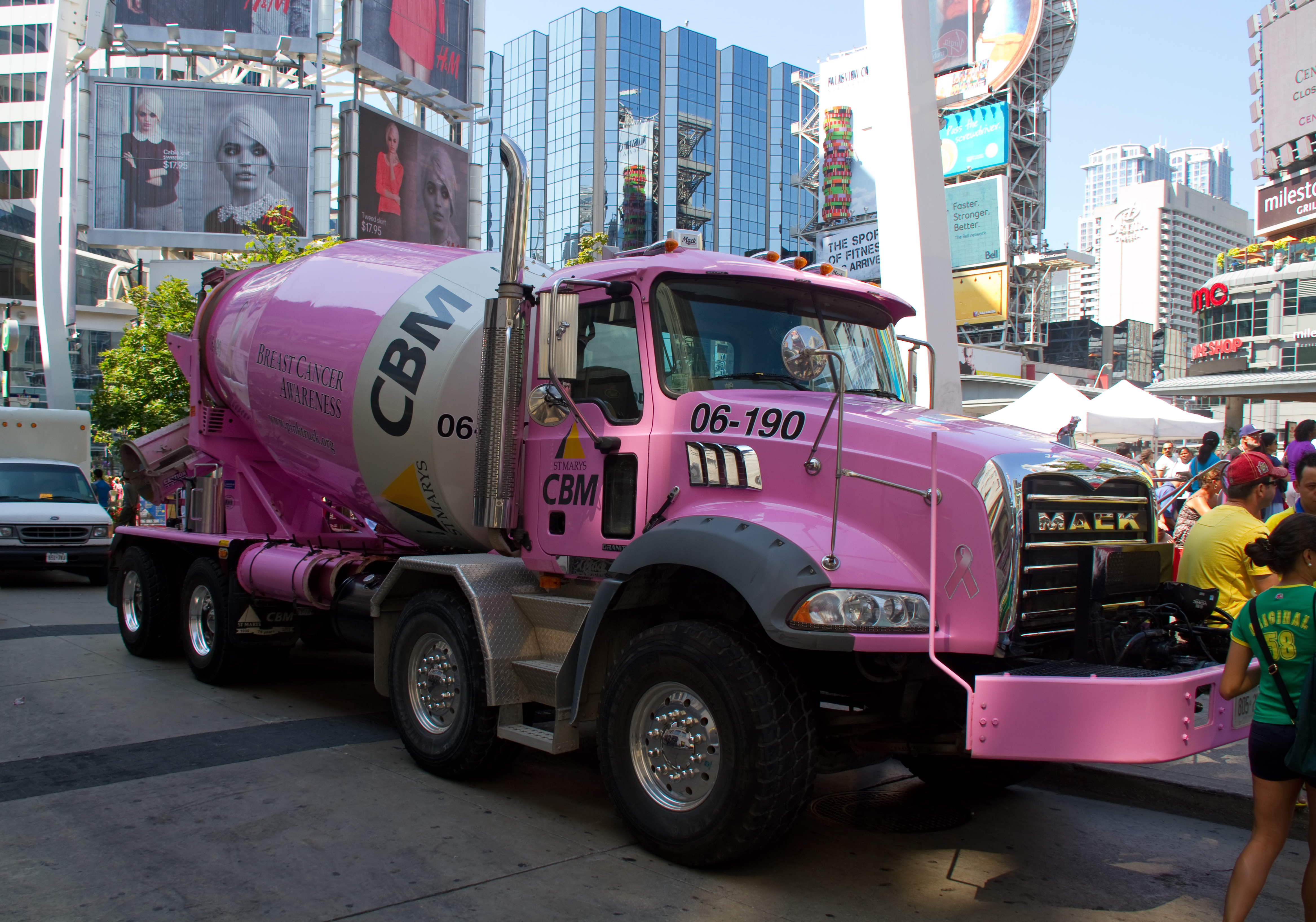 File:Pink Cement mixer truck in Canada.jpg
