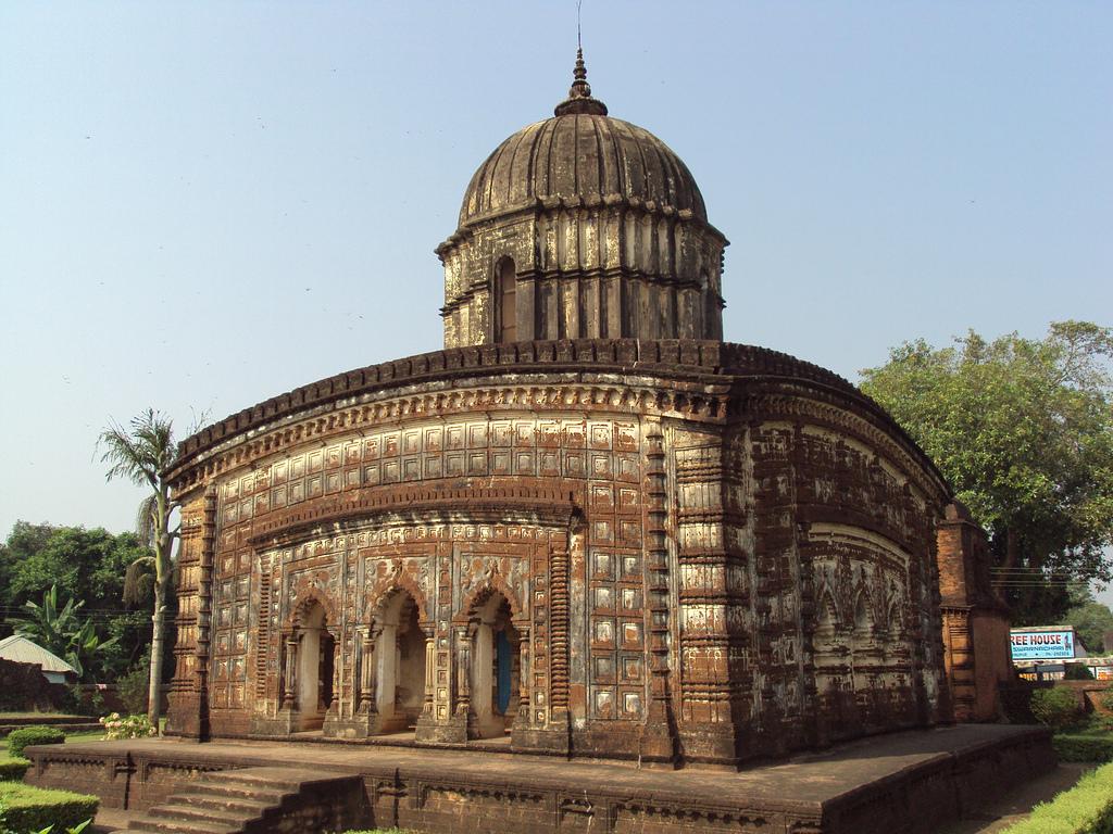 Radhashyam Temple - Bishnupur.jpg