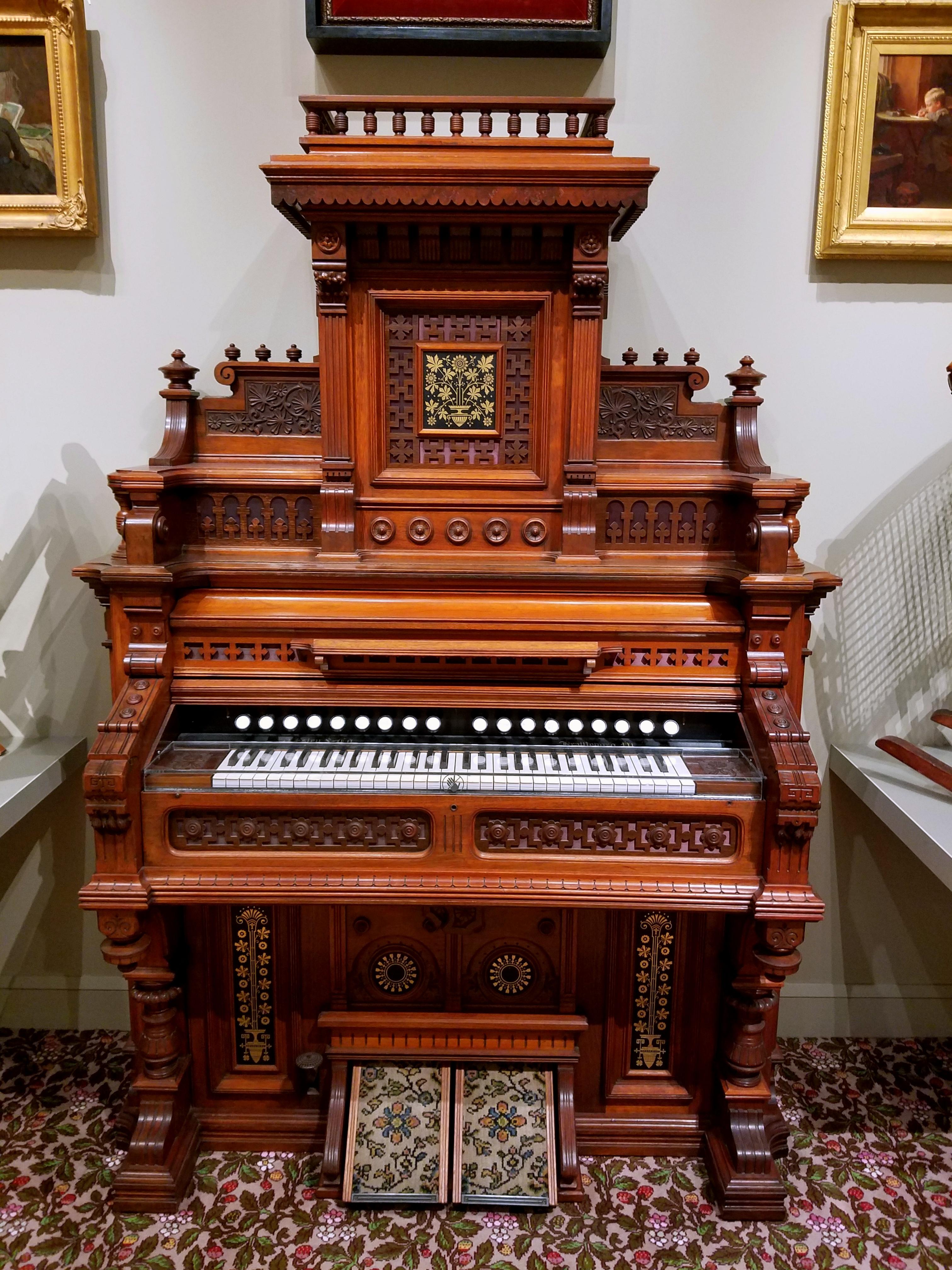File:Reed organ, Grand Salon model, by J. Estey Company
