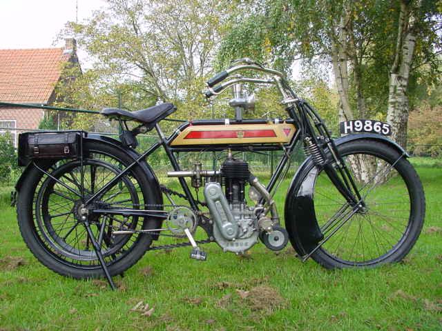 Histoire de la moto. - Page 2 Rover_1912_3-speed_1