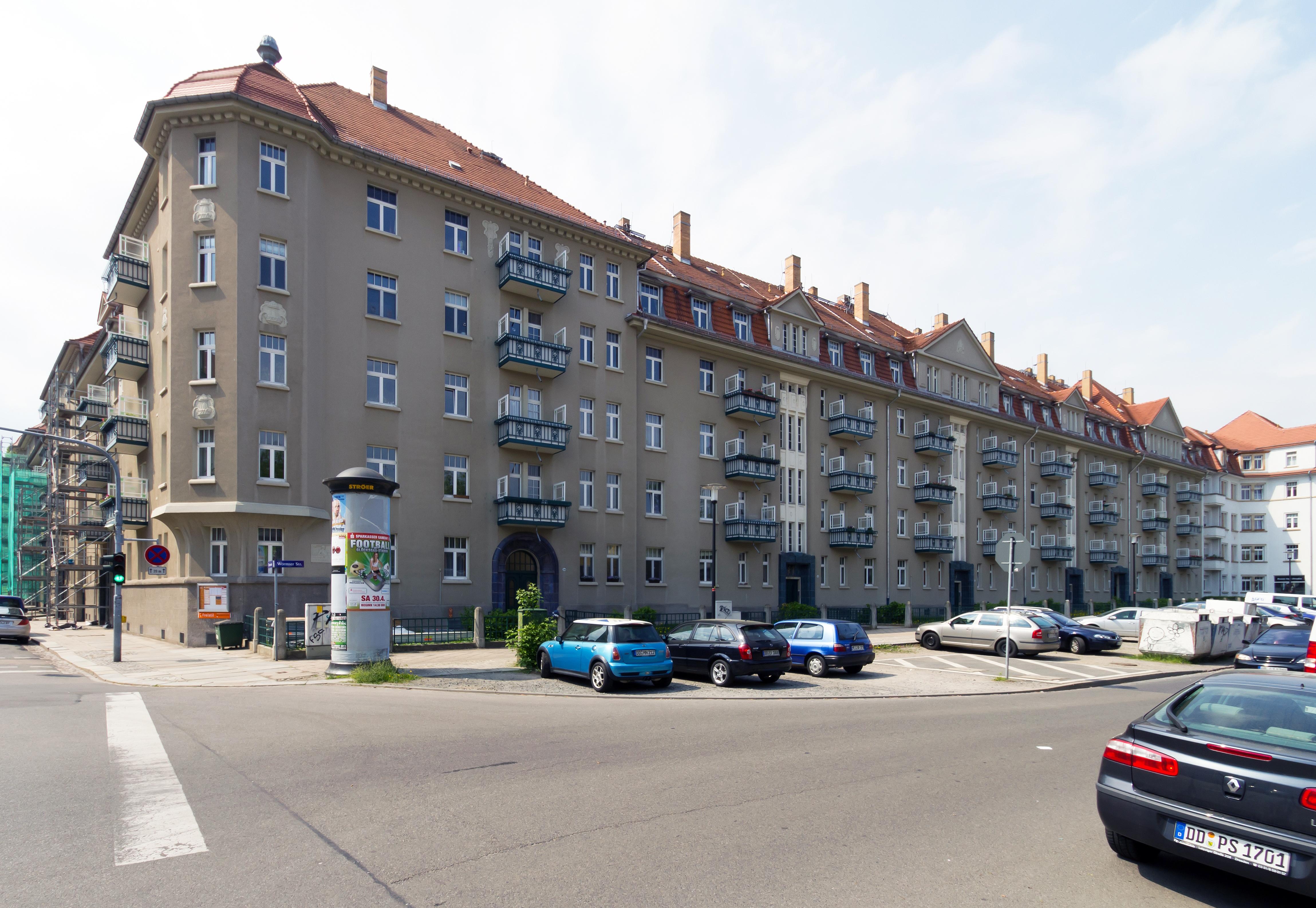 Datei:Rudolf-Schilling-Häuser Wormser Straße Dresden 2011.jpg ...